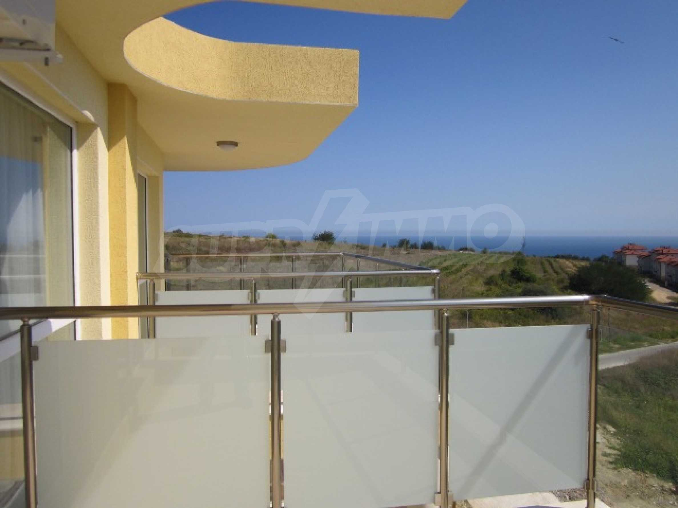 Апартаменти с морска панорама 7