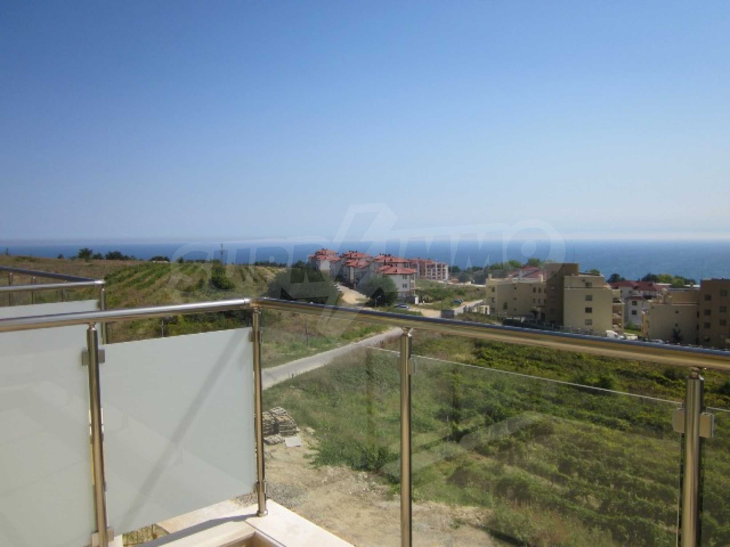 Апартаменти с морска панорама 8