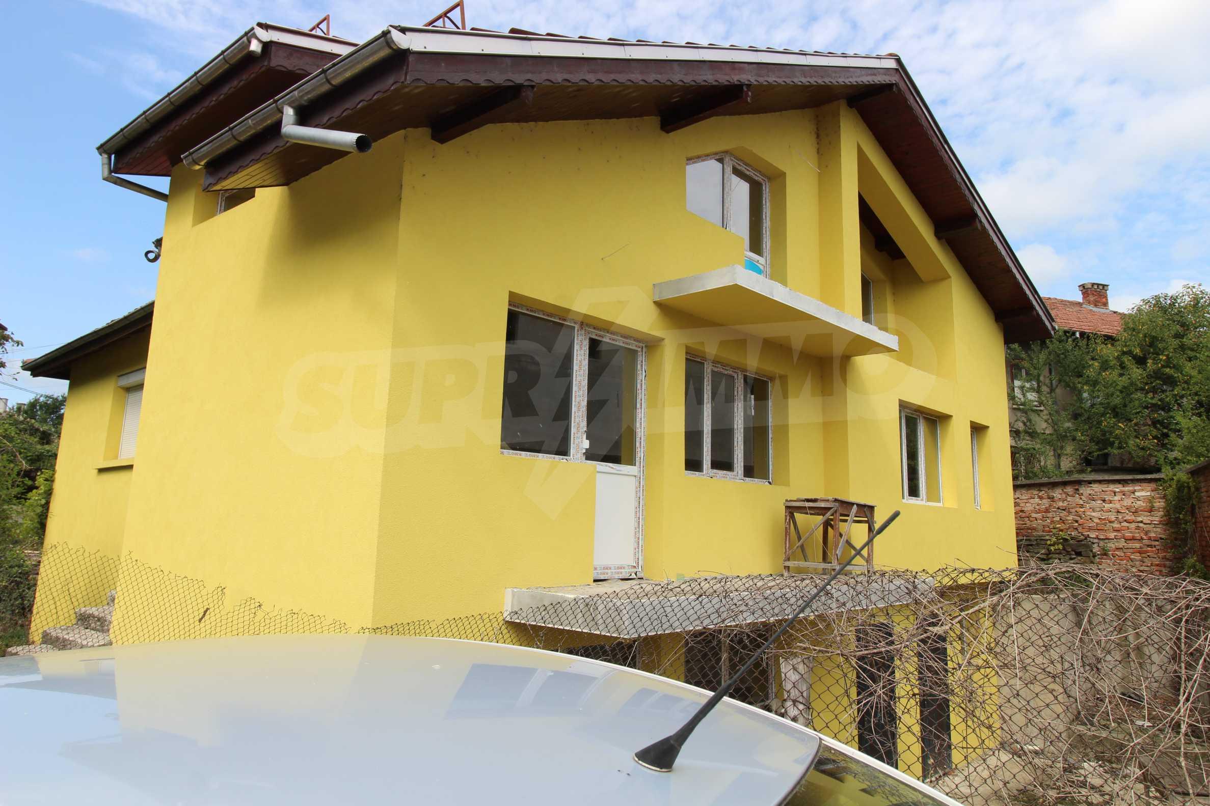 Neu gebautes dreistöckiges Stadthaus 4