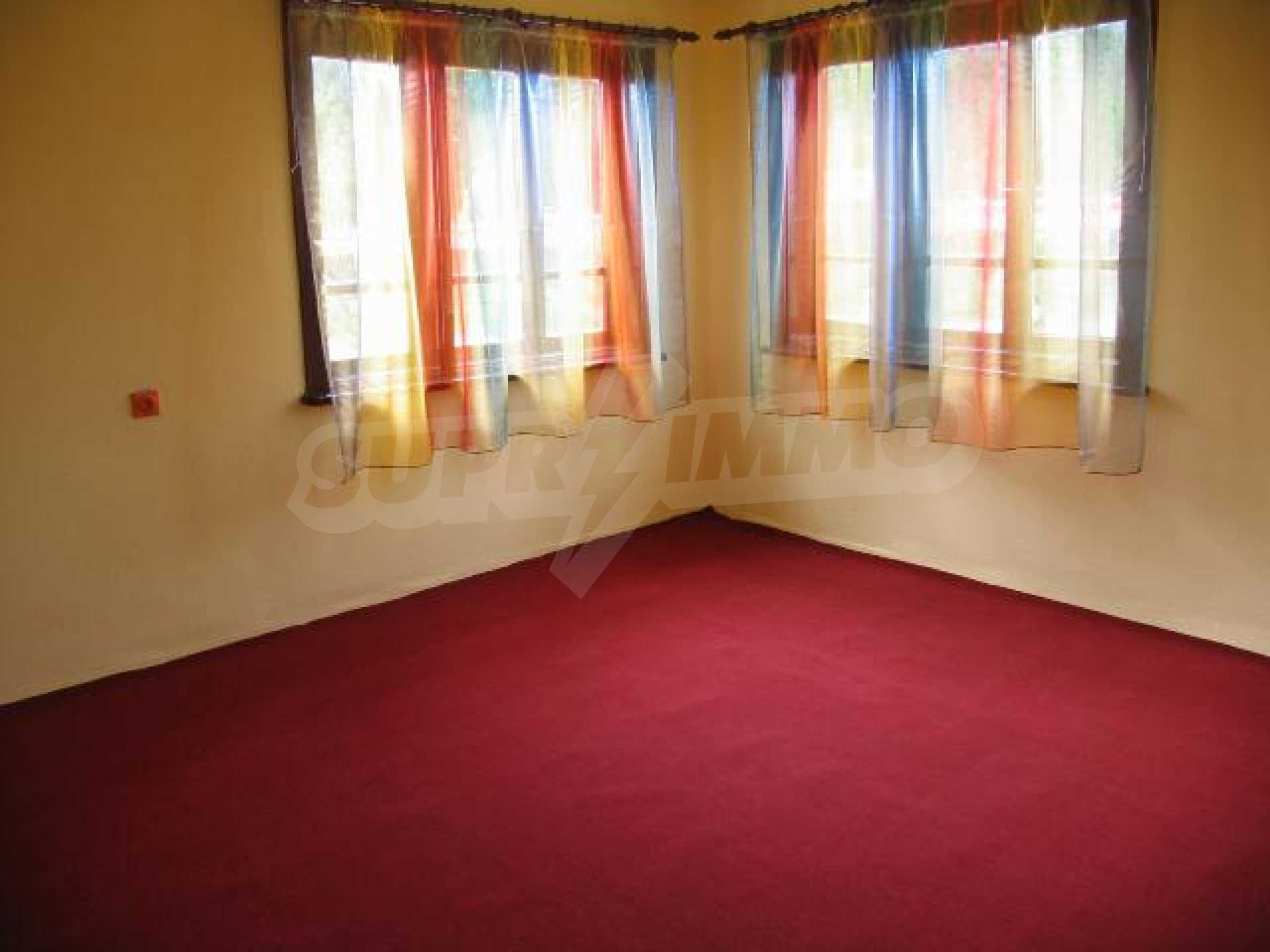 House for sale in Kozlodujtsi village 60 km from the sea 10