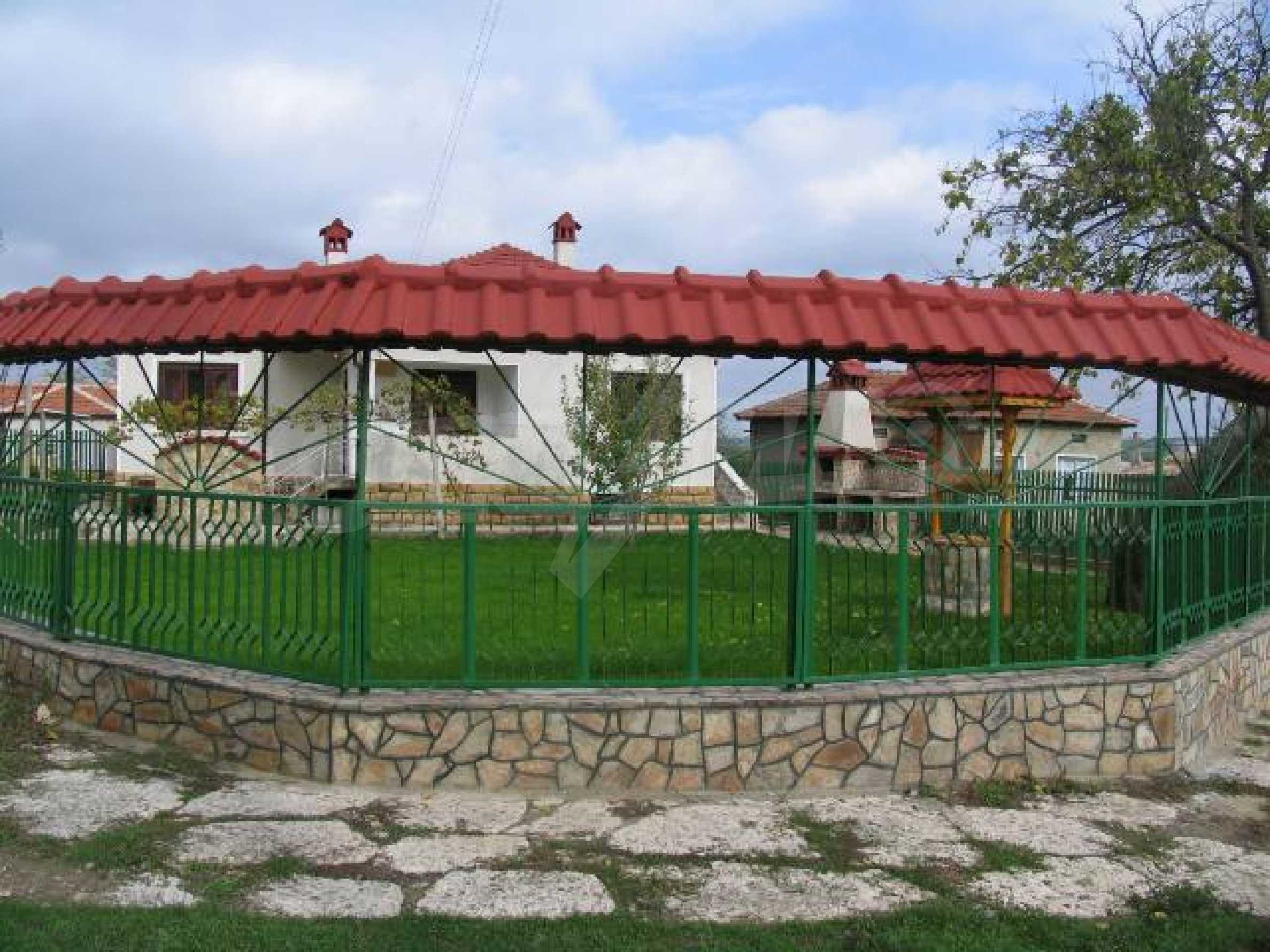 House for sale in Kozlodujtsi village 60 km from the sea 2