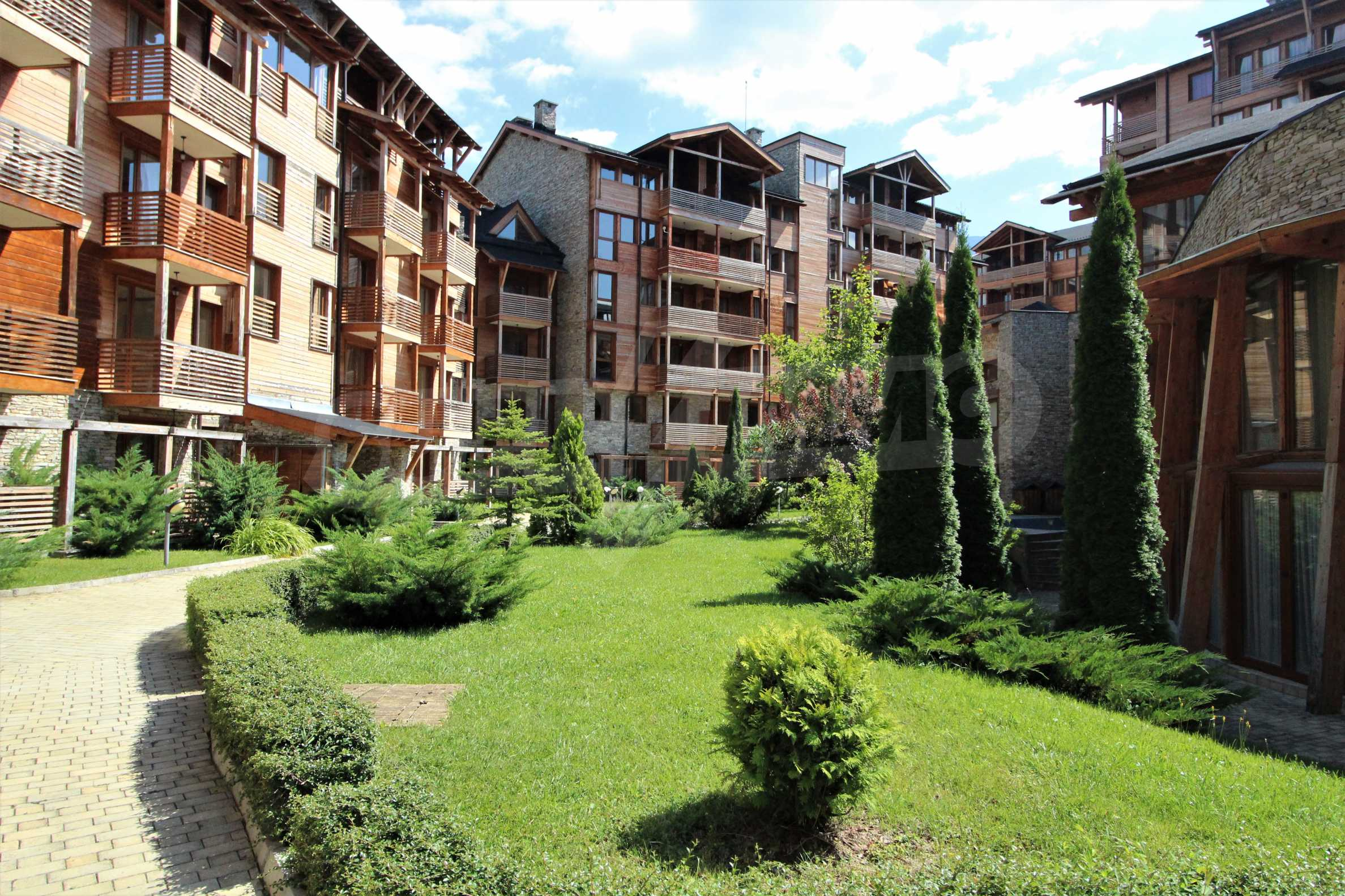 One-bedroom apartment with beautiful views of the mountains Rhodopes and Rila