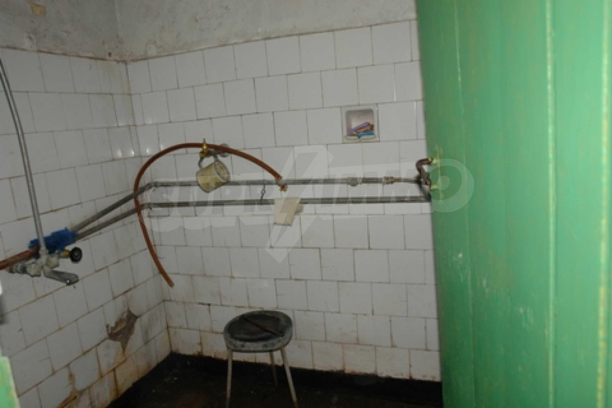 Просторна двуетажна къща с 4 спални в село Тръстеник, Русенско 13