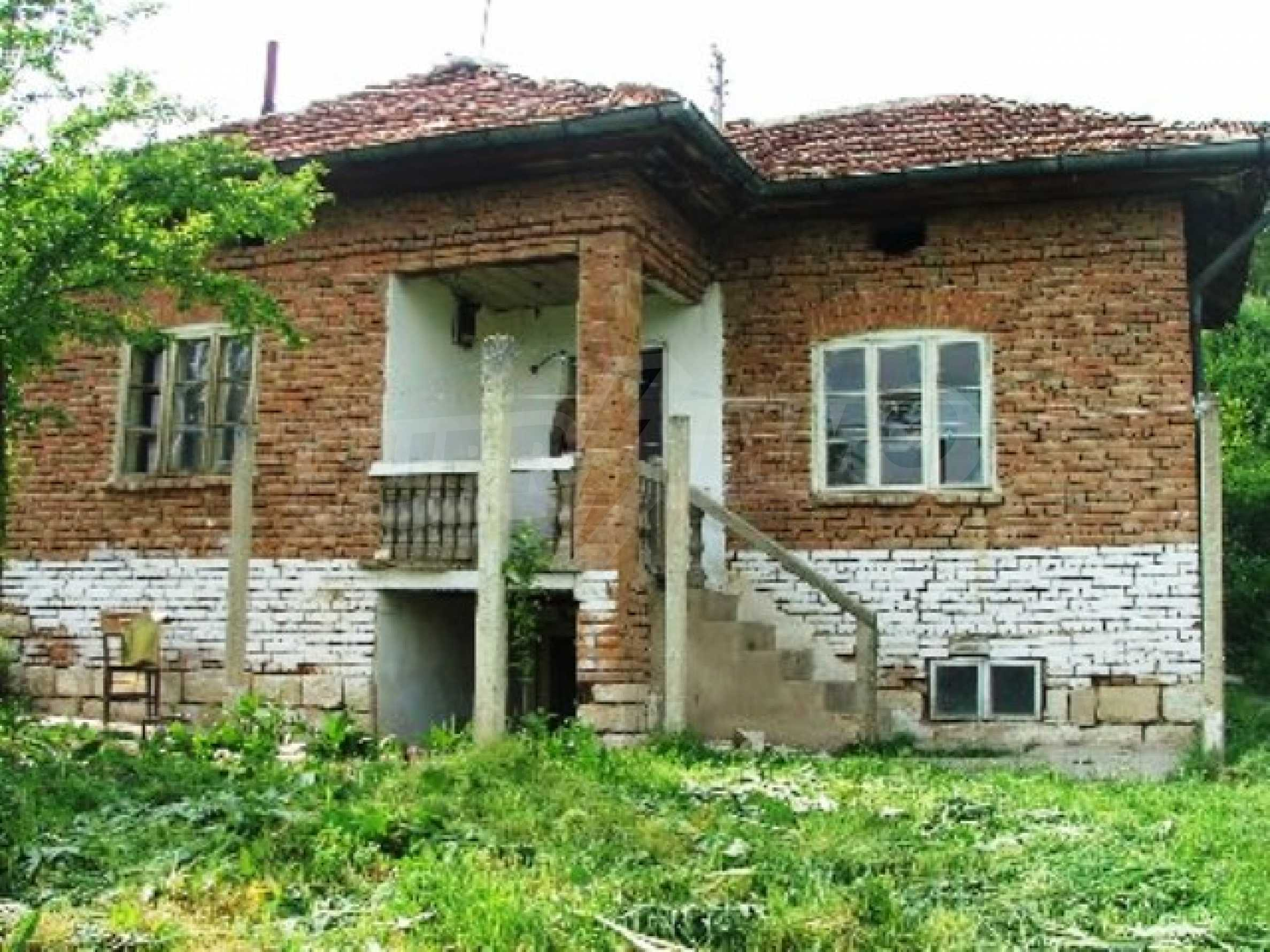 One-storey rural house in Piperkovo village, Ruse district 1