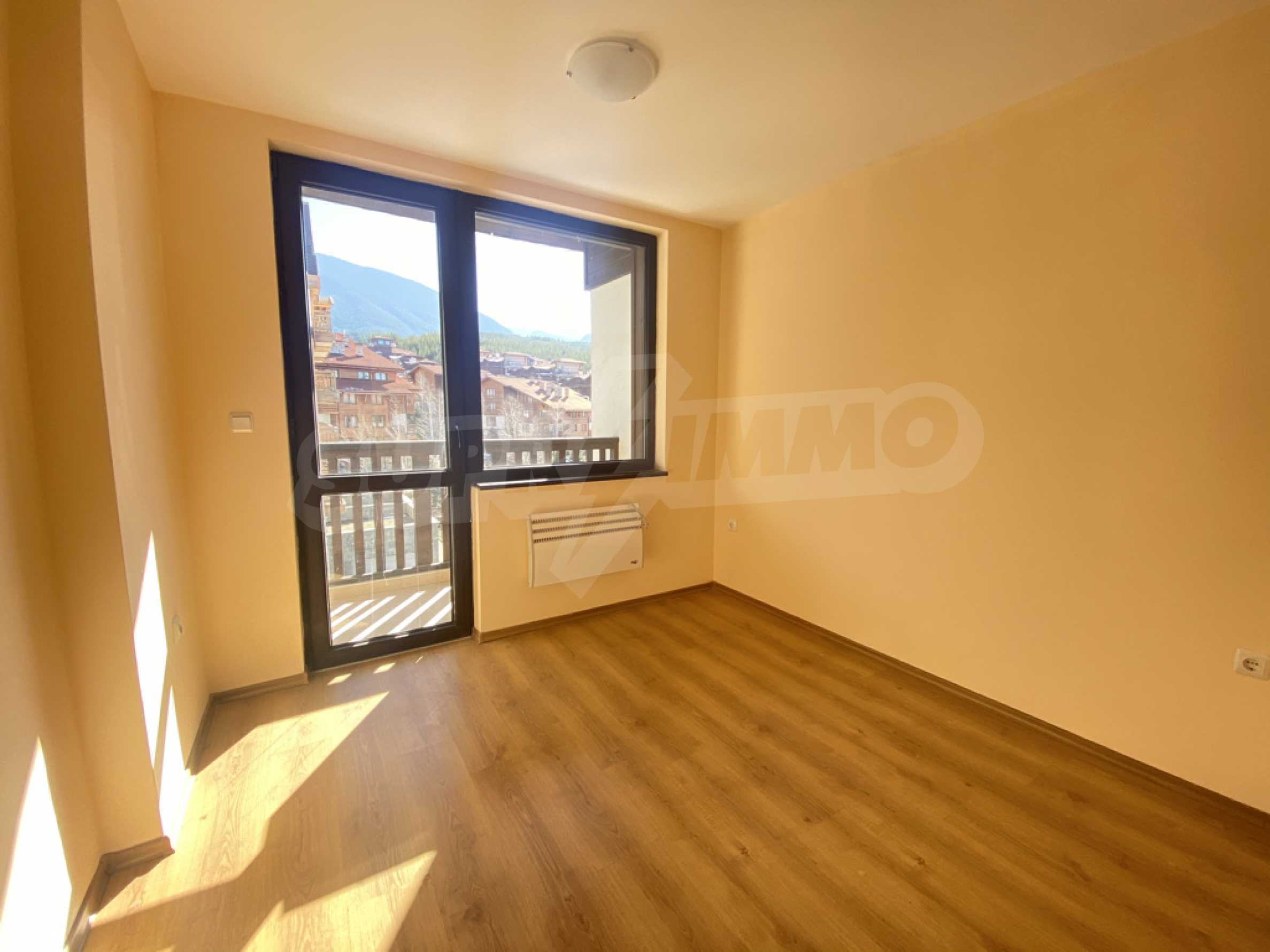 Необзаведен двустаен апартамент за продажба в СПА комплекс в Банско