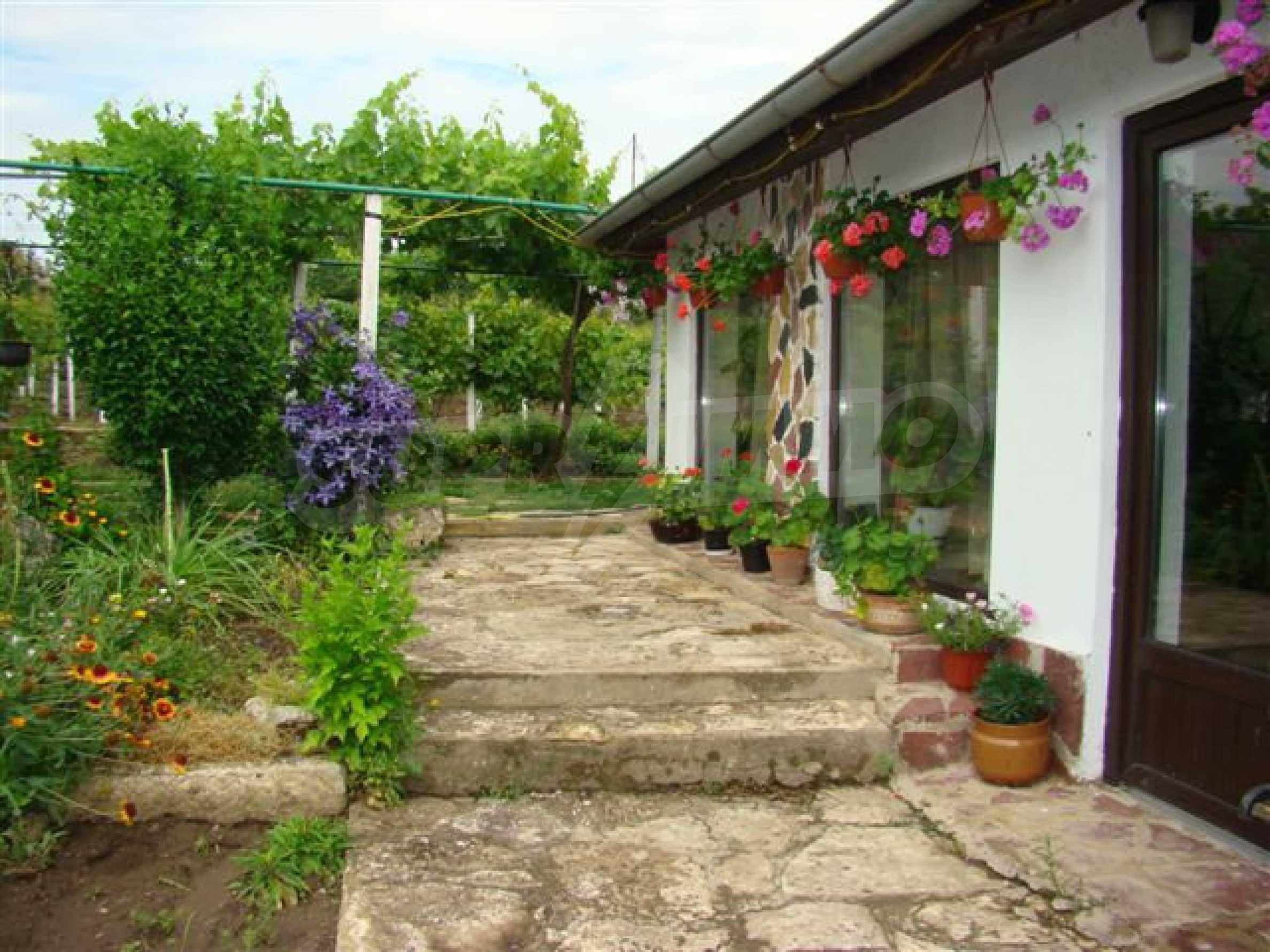Прекрасный дом с огромным садом возле Каварны 4