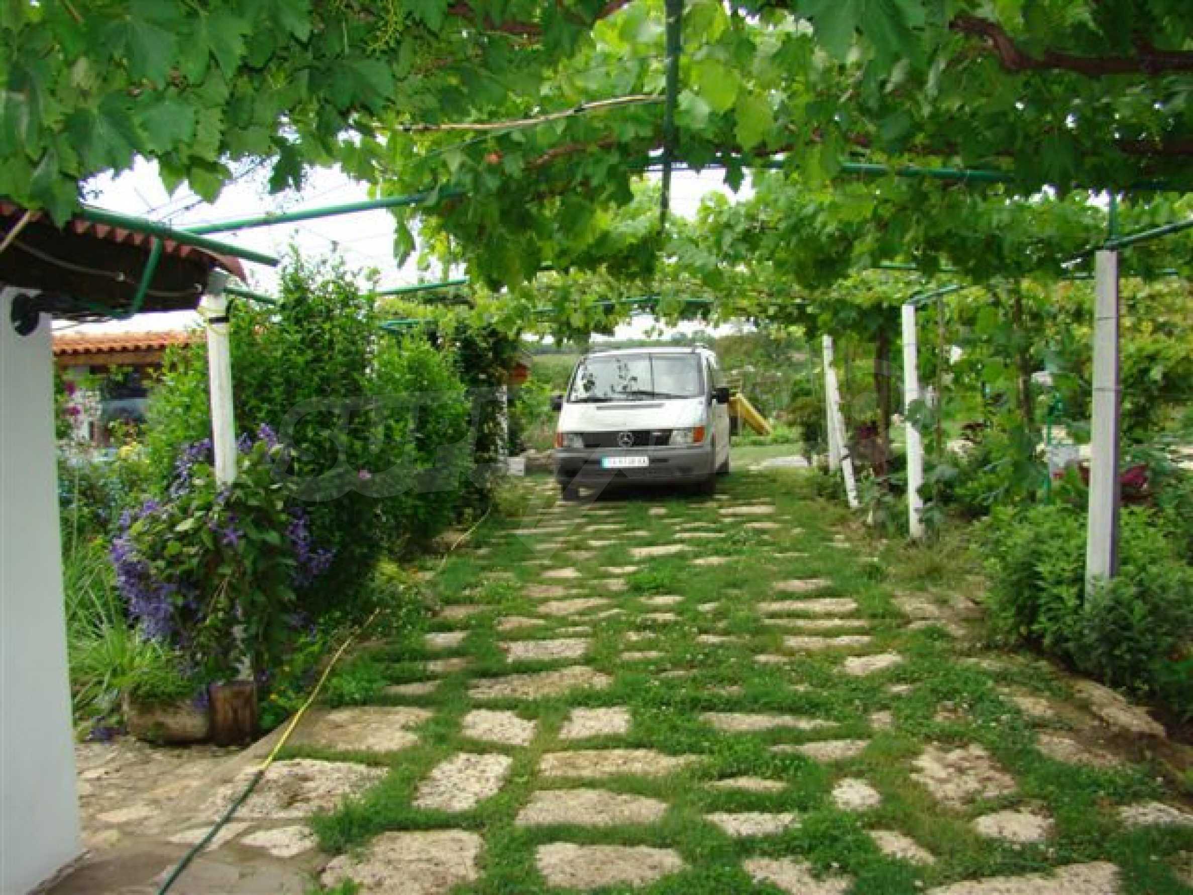Прекрасный дом с огромным садом возле Каварны 8