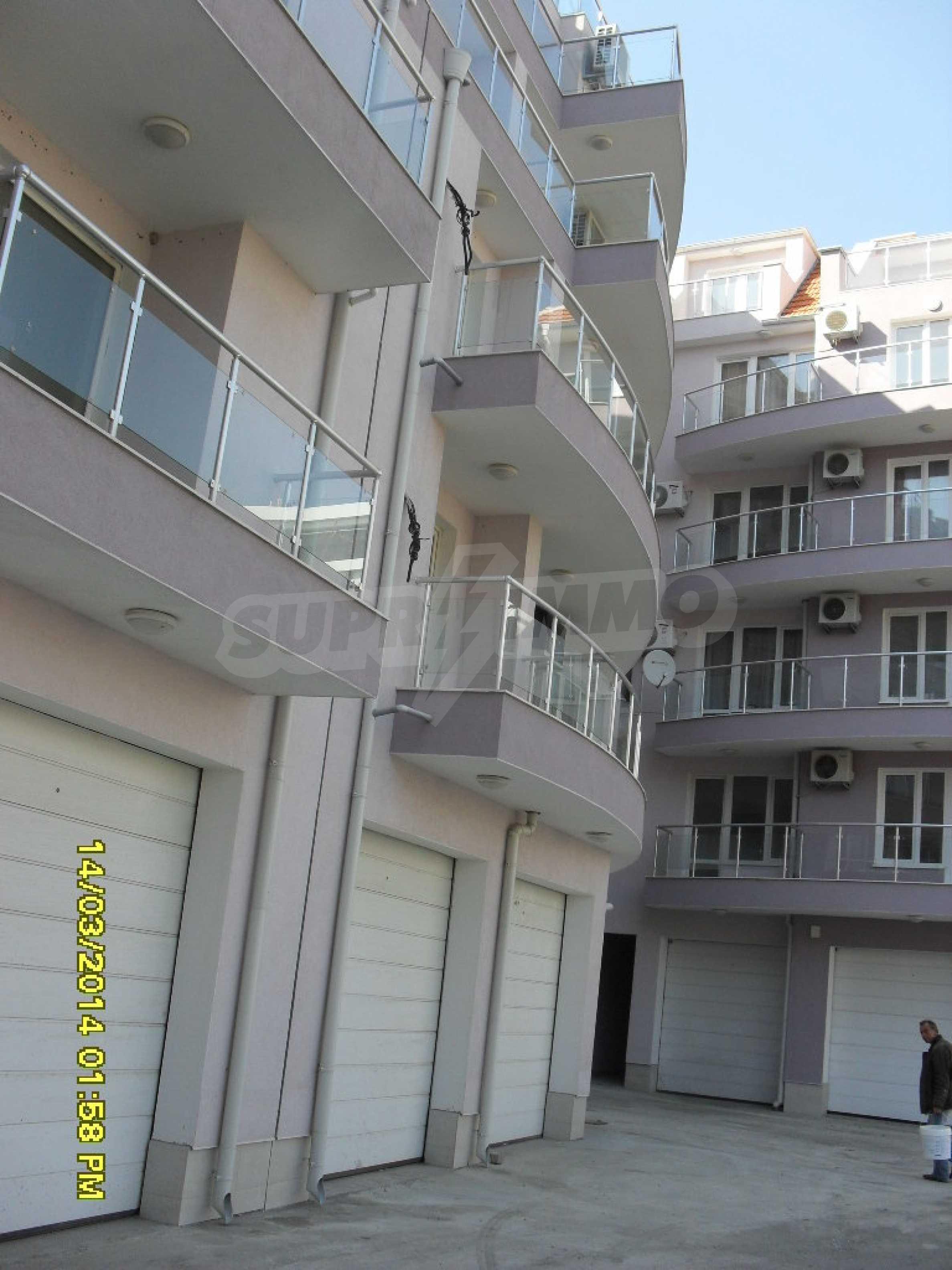 Zwei-Zimmer-Wohnung in Pomorie am Strand 1