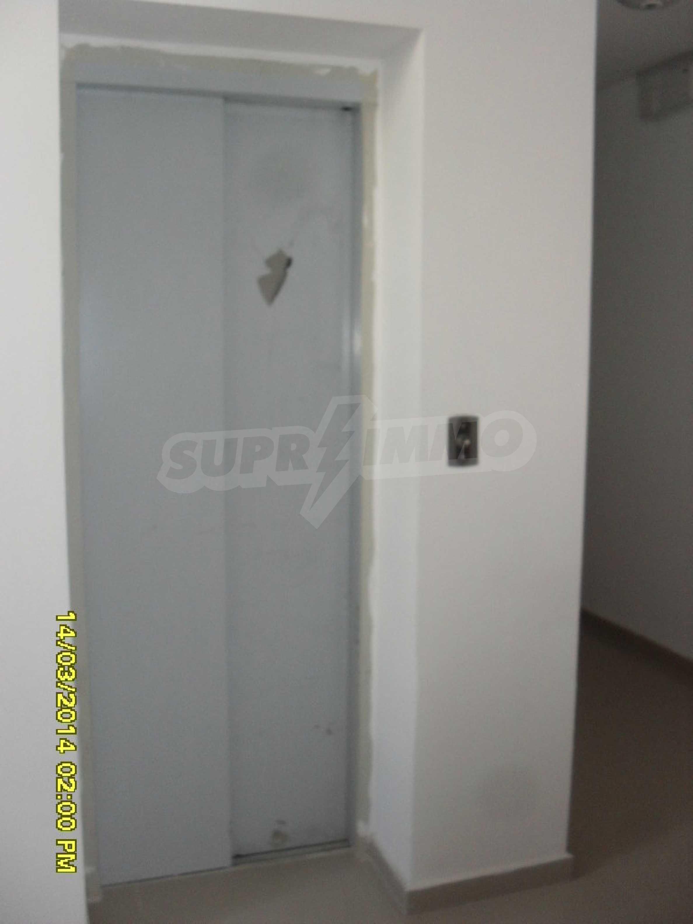 Zwei-Zimmer-Wohnung in Pomorie am Strand 3