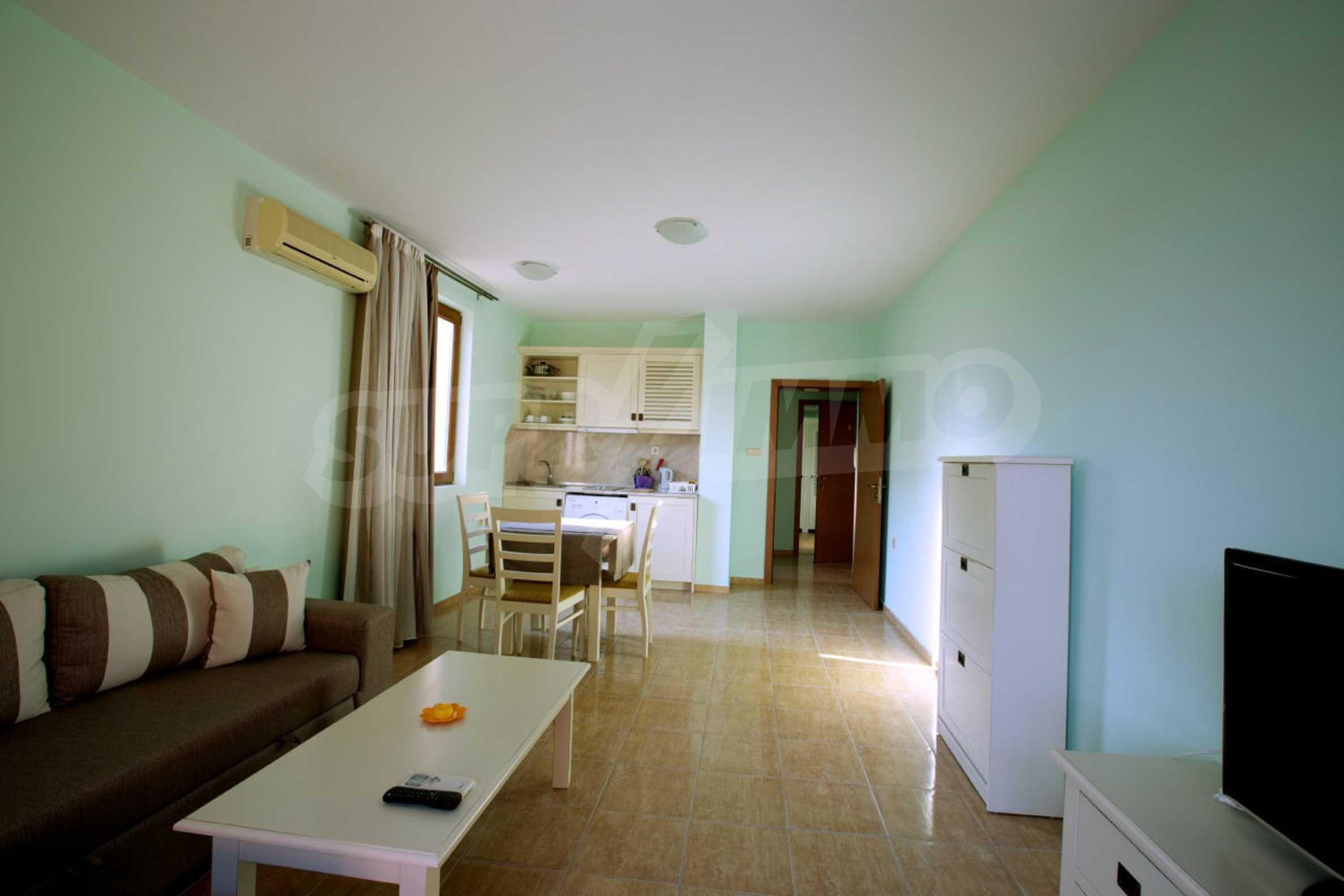 Möblierte Apartments mit einem Schlafzimmer in Ravda 2