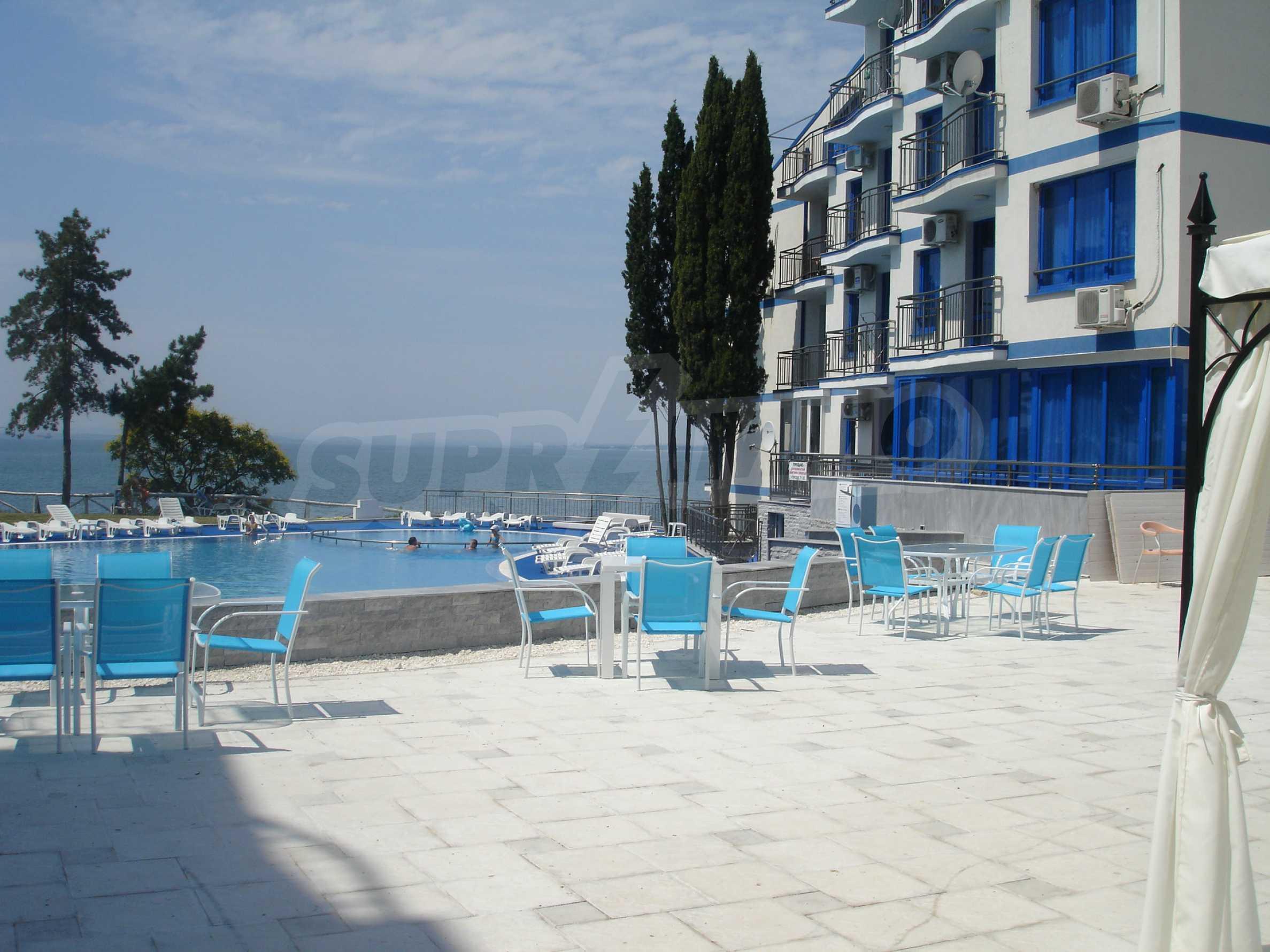 Blue Bay Palace 17