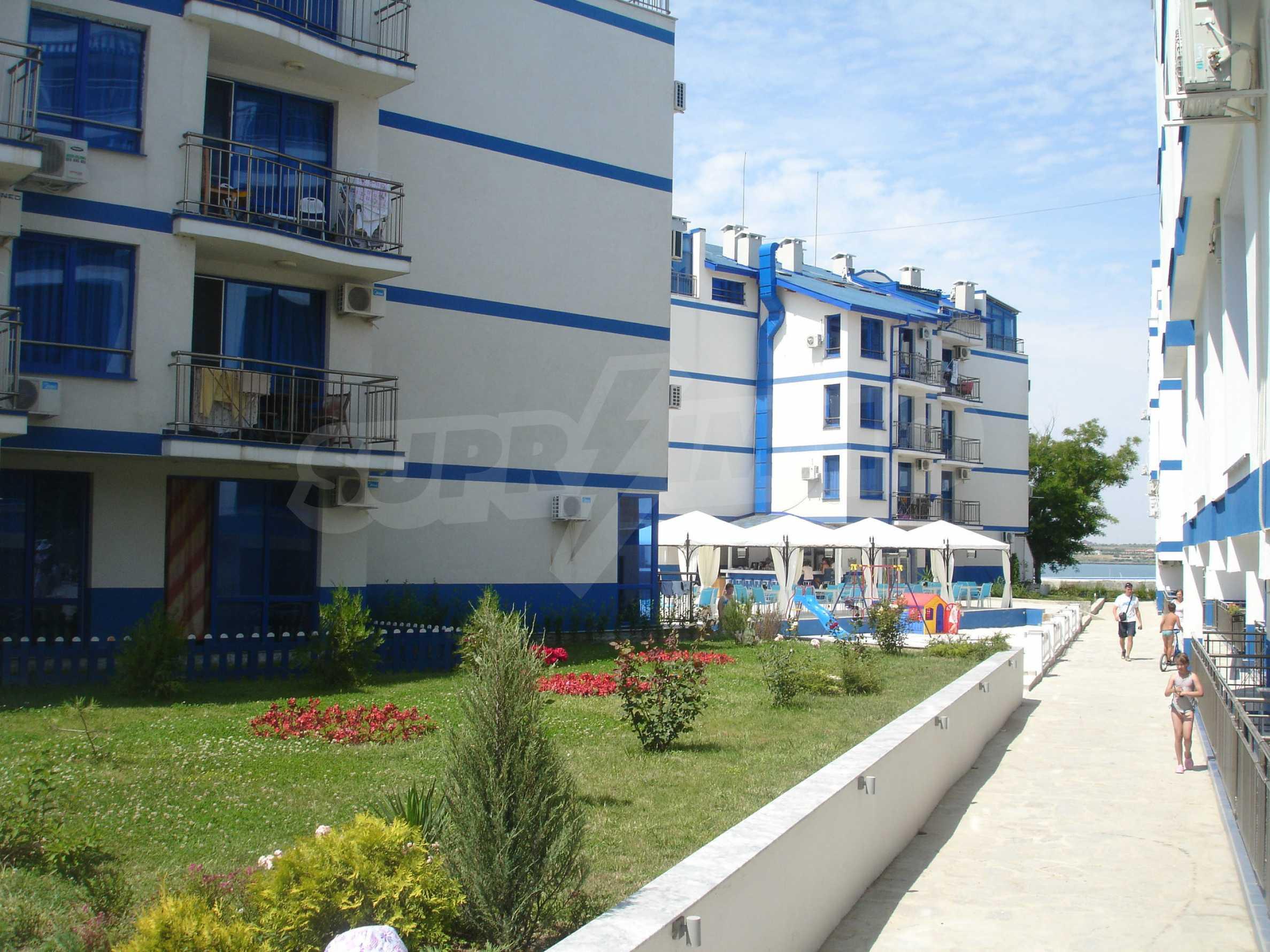 Blue Bay Palace 18