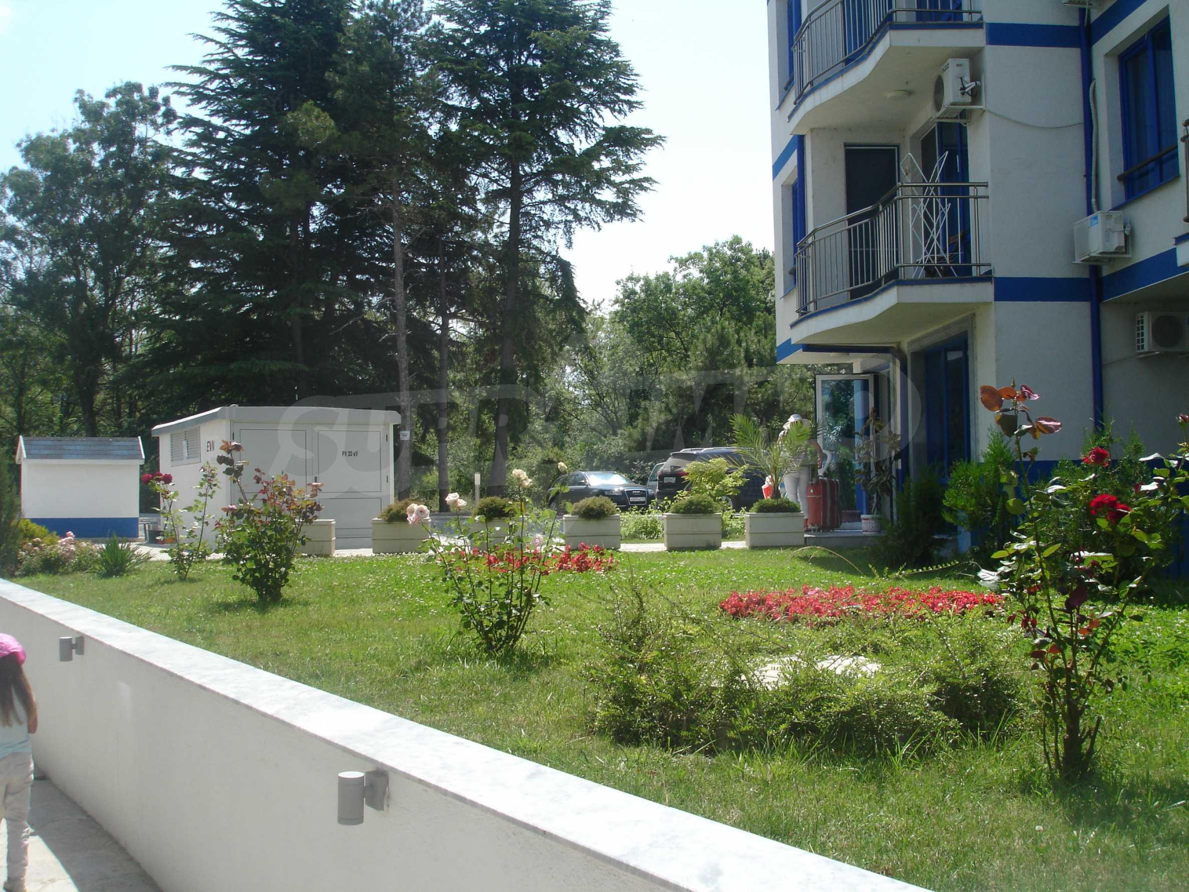 Blue Bay Palace 19