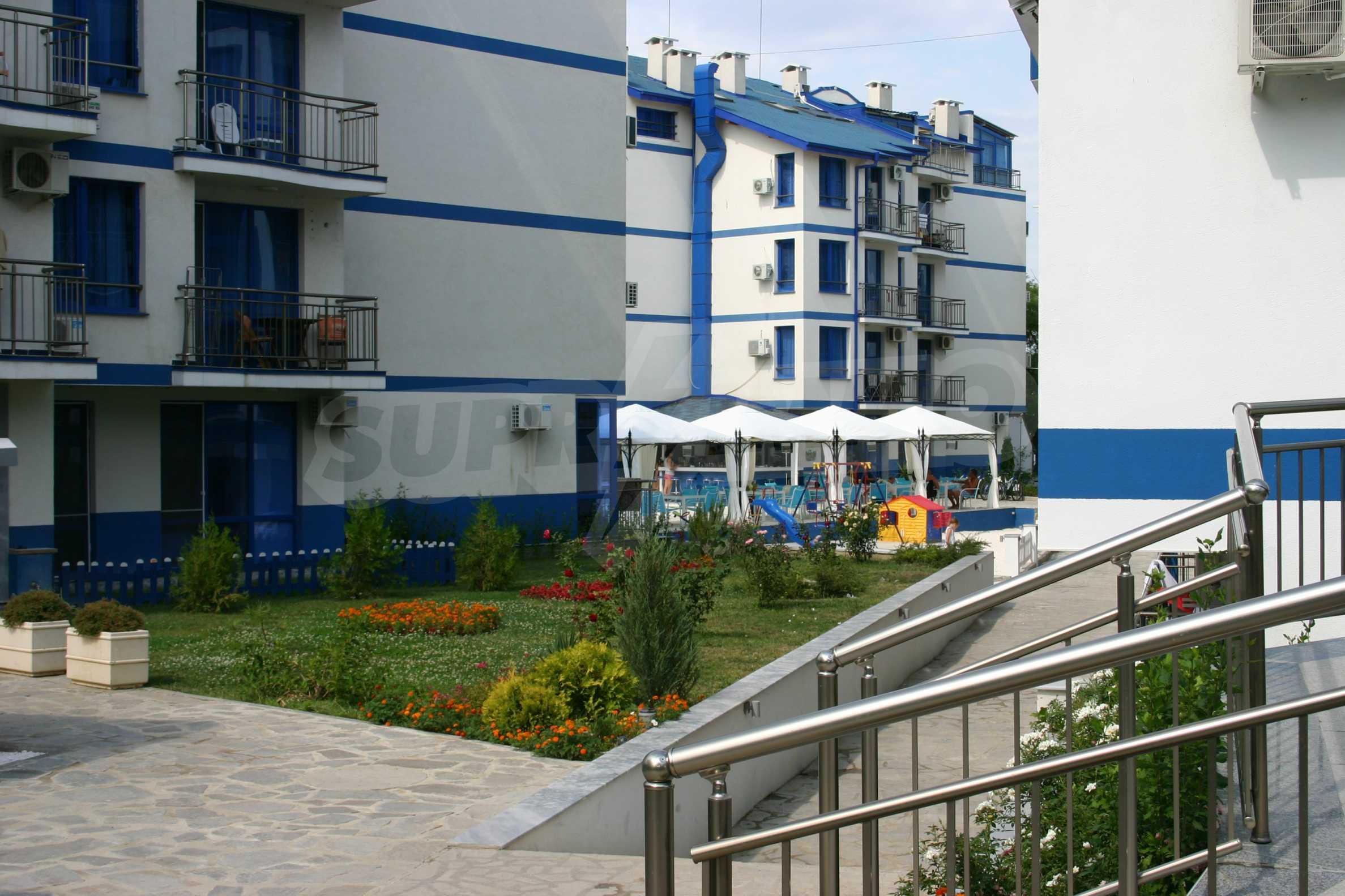 Blue Bay Palace 20
