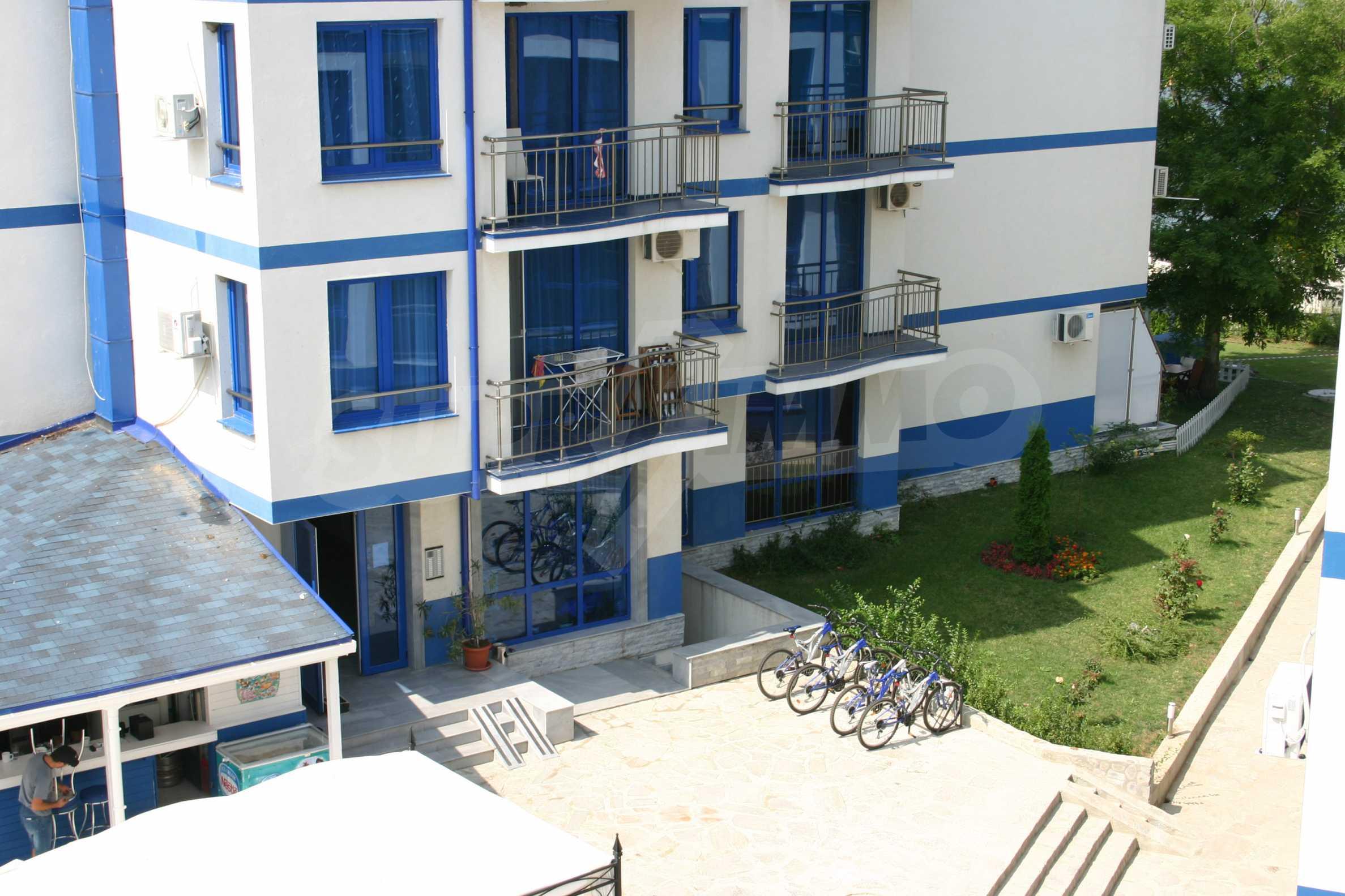 Blue Bay Palace 22