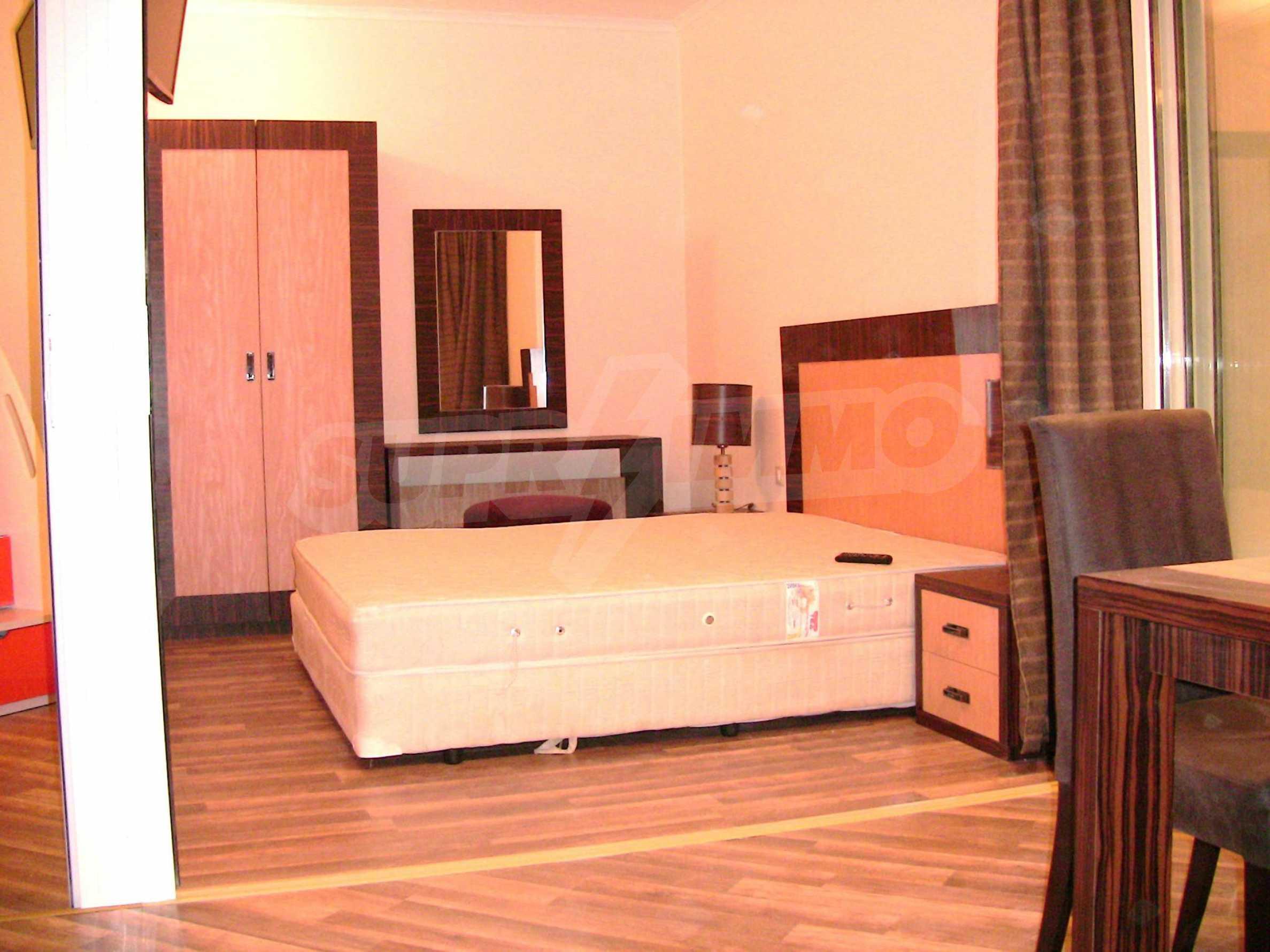 """Zwei-Zimmer-Wohnung in der Anlage """"Majestic Hotel & Residence"""" 9"""