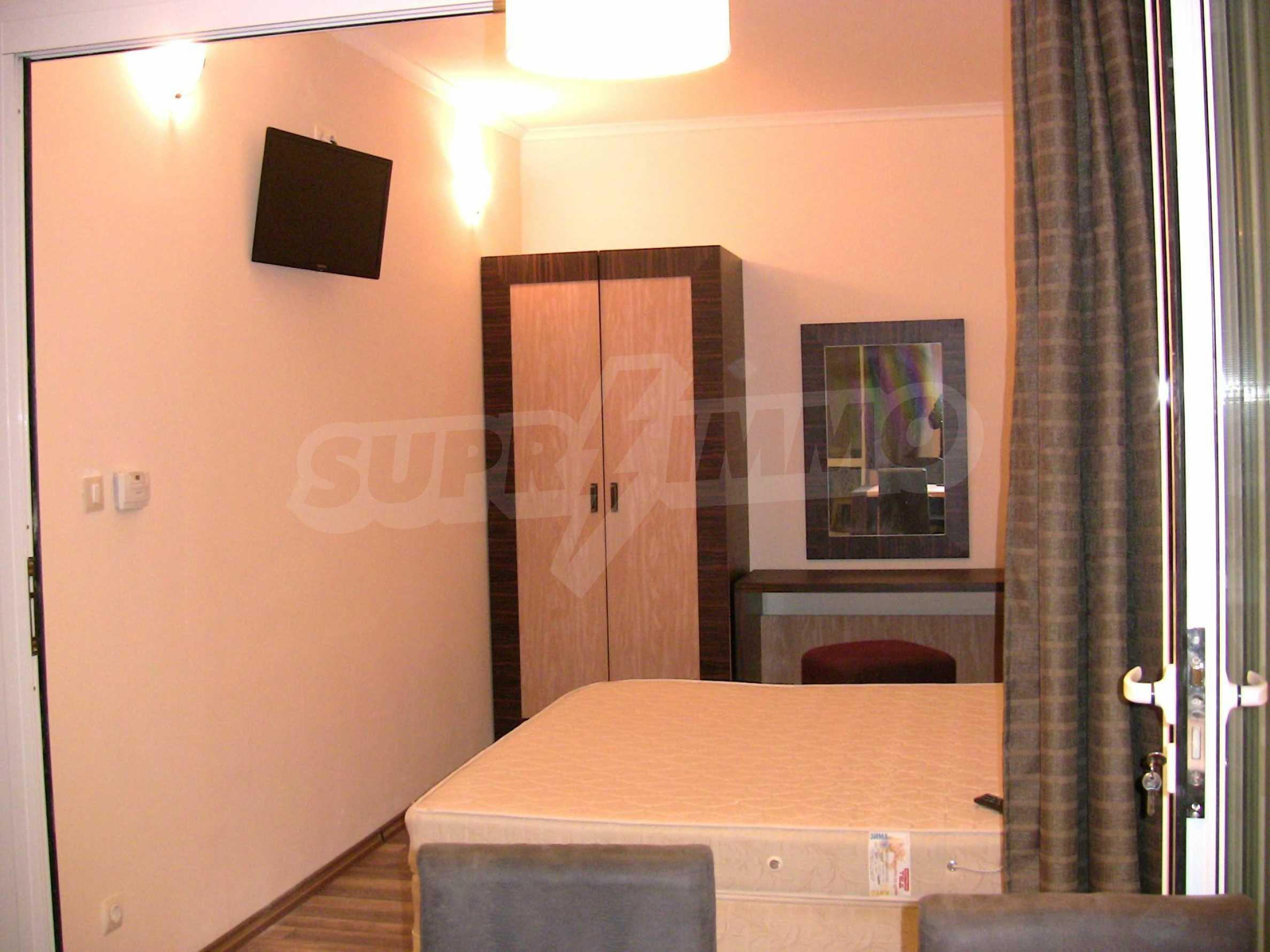 """Zwei-Zimmer-Wohnung in der Anlage """"Majestic Hotel & Residence"""" 12"""