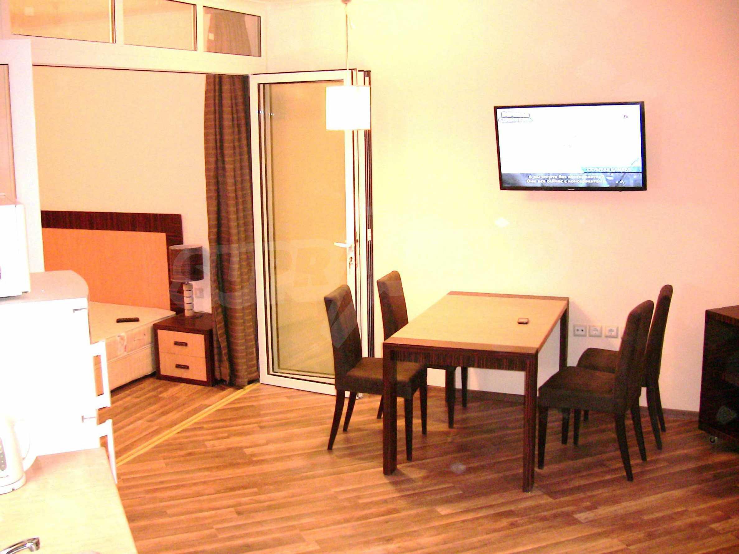 """Zwei-Zimmer-Wohnung in der Anlage """"Majestic Hotel & Residence"""" 8"""