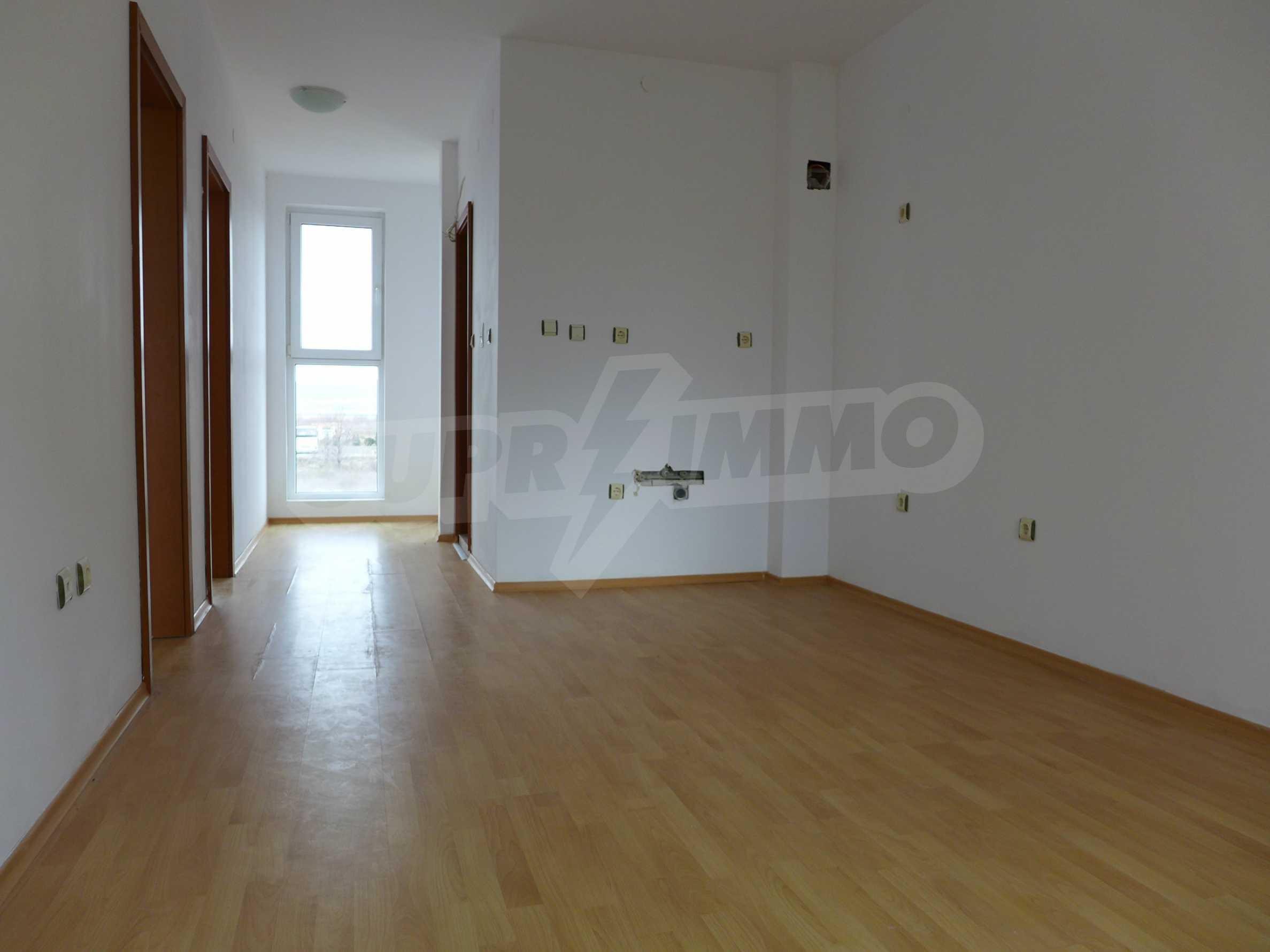 Geräumige Wohnung in einem modernen Komplex Sunny Day 3 2