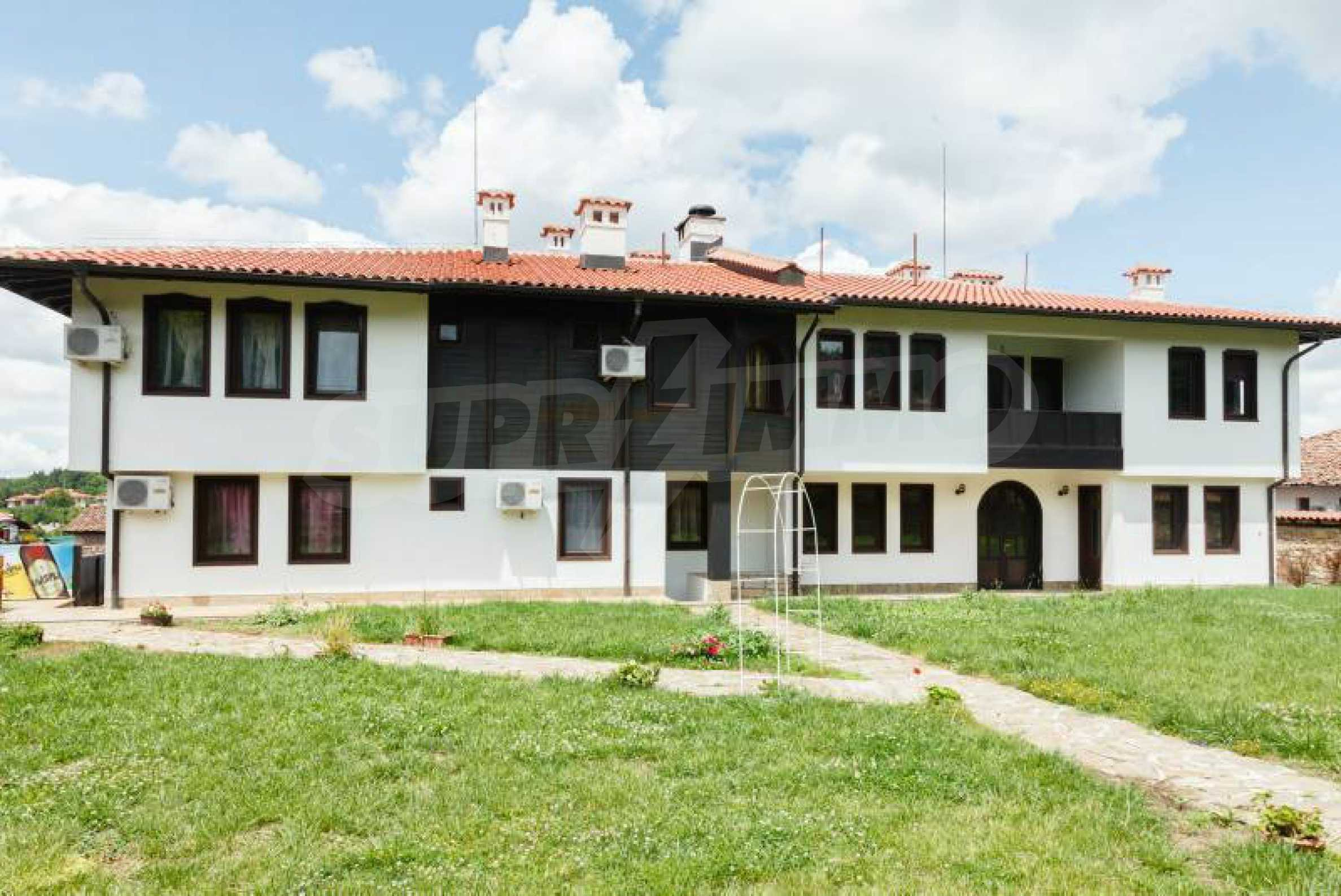Fully equipped hotel, a restaurant, a house and a yard in the center of popular Arbanassi village 9