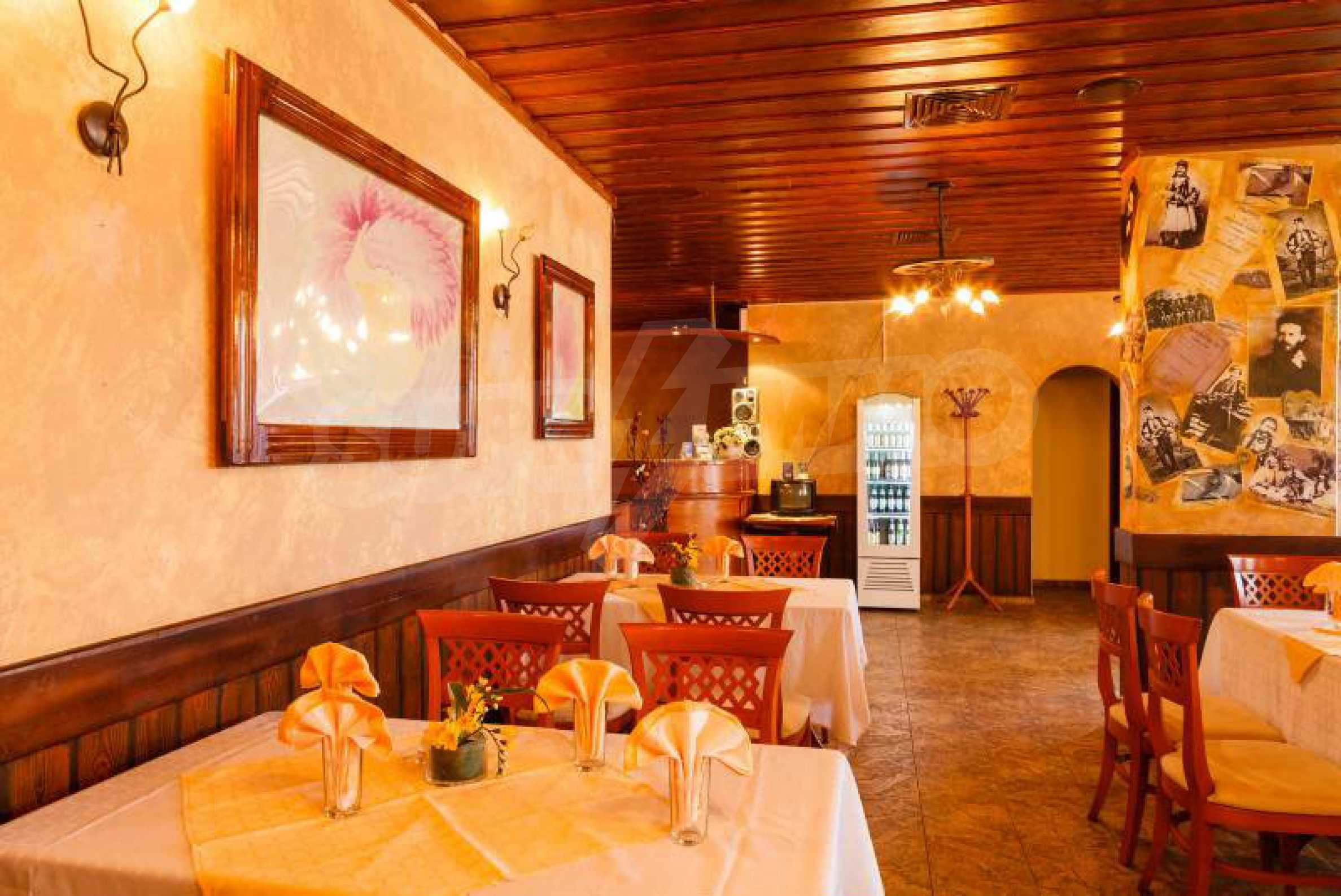 Fully equipped hotel, a restaurant, a house and a yard in the center of popular Arbanassi village 14