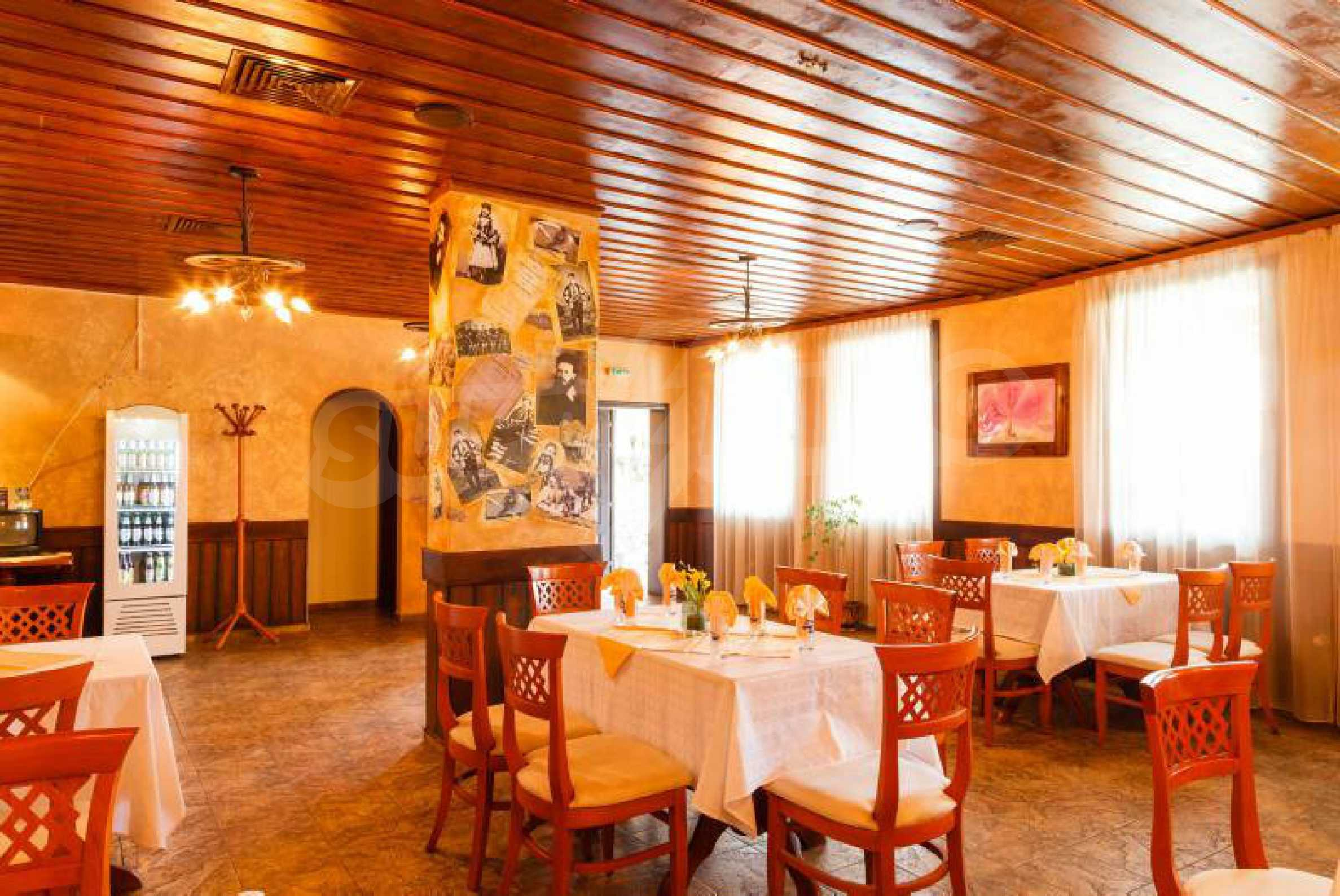 Fully equipped hotel, a restaurant, a house and a yard in the center of popular Arbanassi village 15