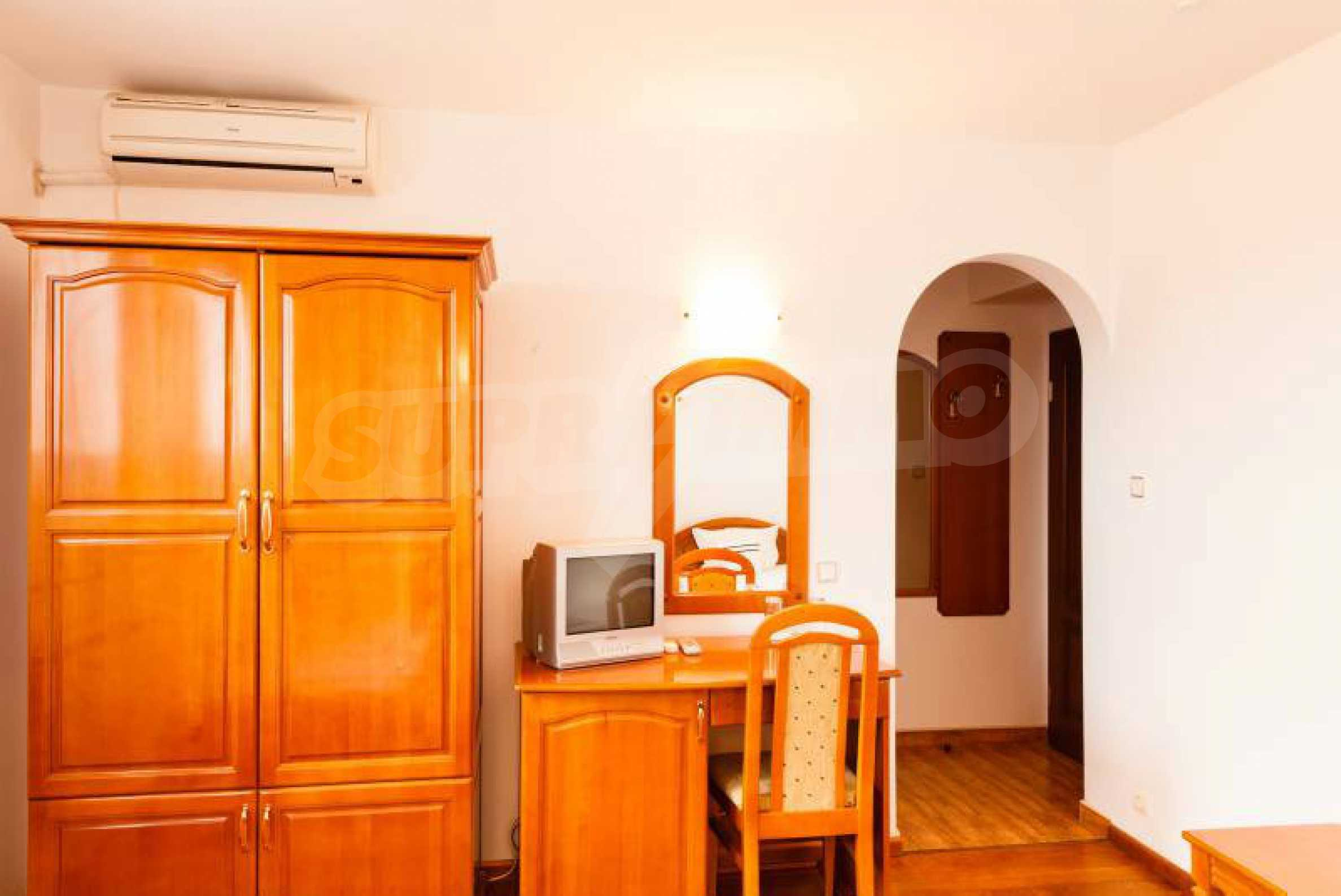 Fully equipped hotel, a restaurant, a house and a yard in the center of popular Arbanassi village 18