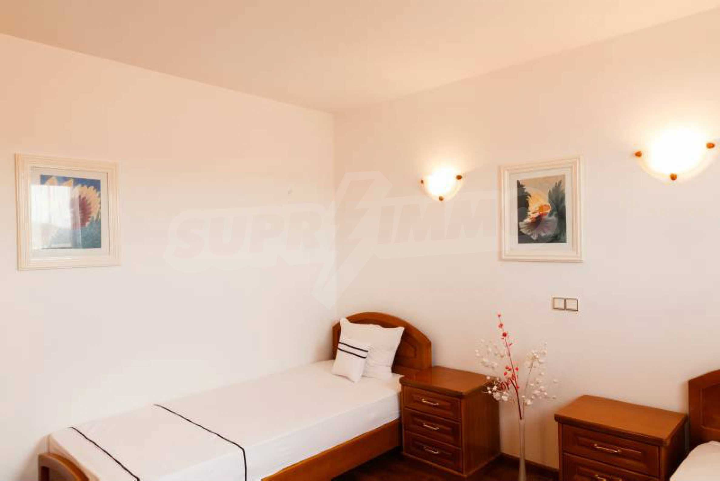 Fully equipped hotel, a restaurant, a house and a yard in the center of popular Arbanassi village 20