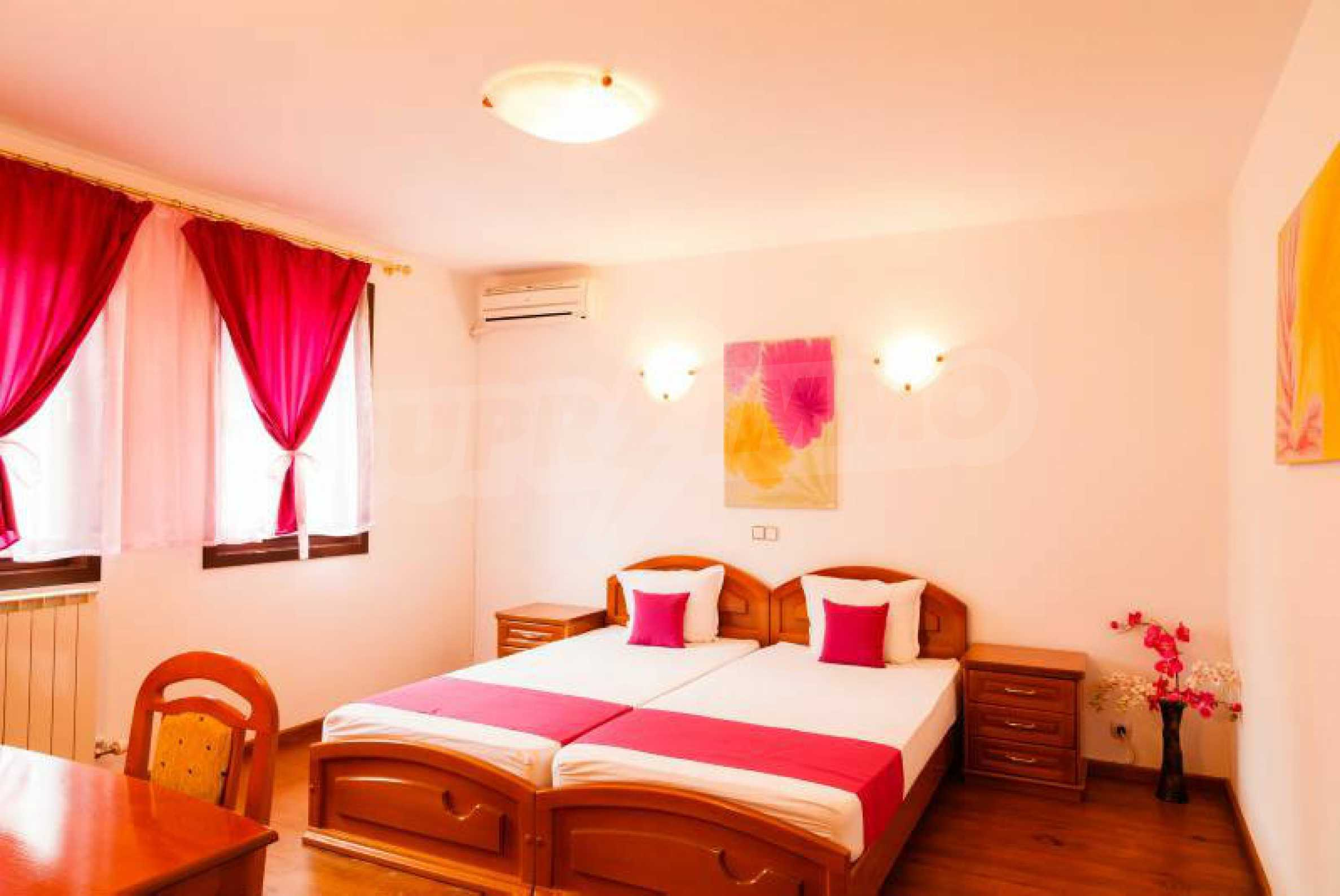 Fully equipped hotel, a restaurant, a house and a yard in the center of popular Arbanassi village 28