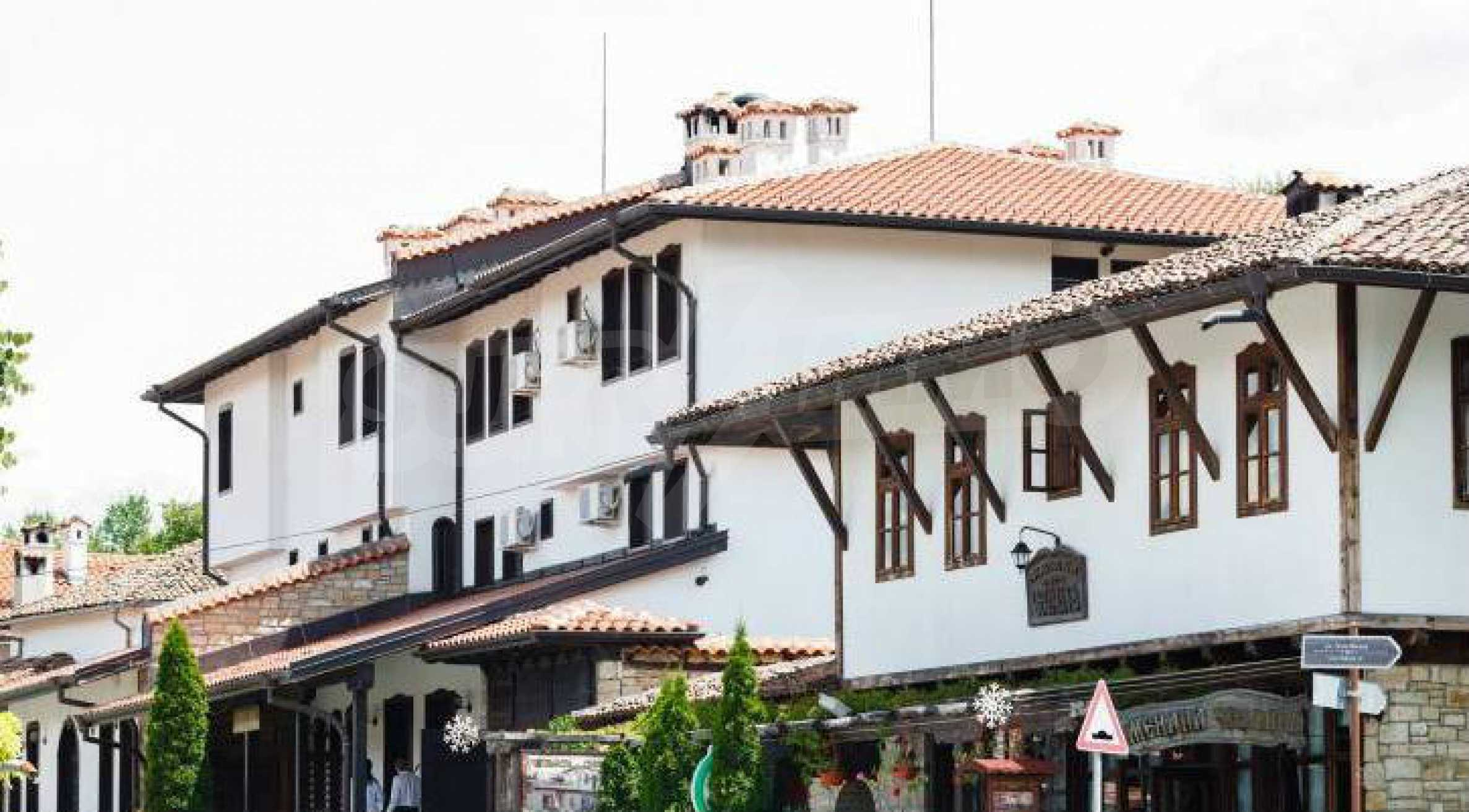 Fully equipped hotel, a restaurant, a house and a yard in the center of popular Arbanassi village 2