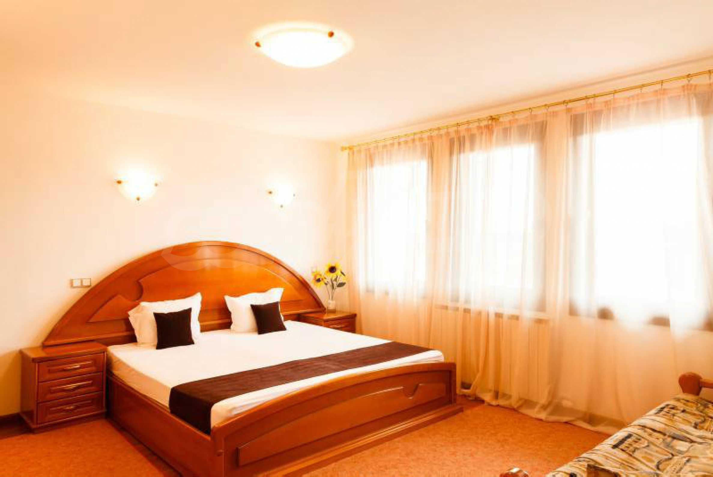 Fully equipped hotel, a restaurant, a house and a yard in the center of popular Arbanassi village 31