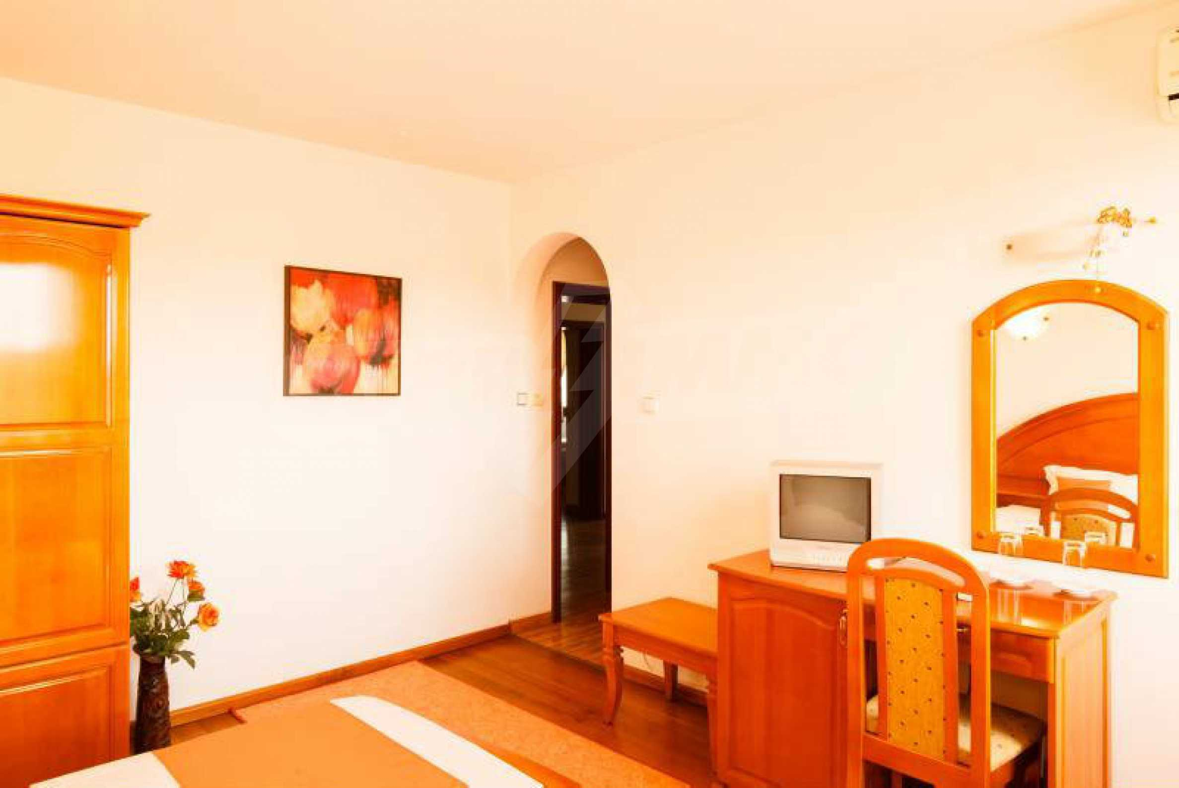 Fully equipped hotel, a restaurant, a house and a yard in the center of popular Arbanassi village 35