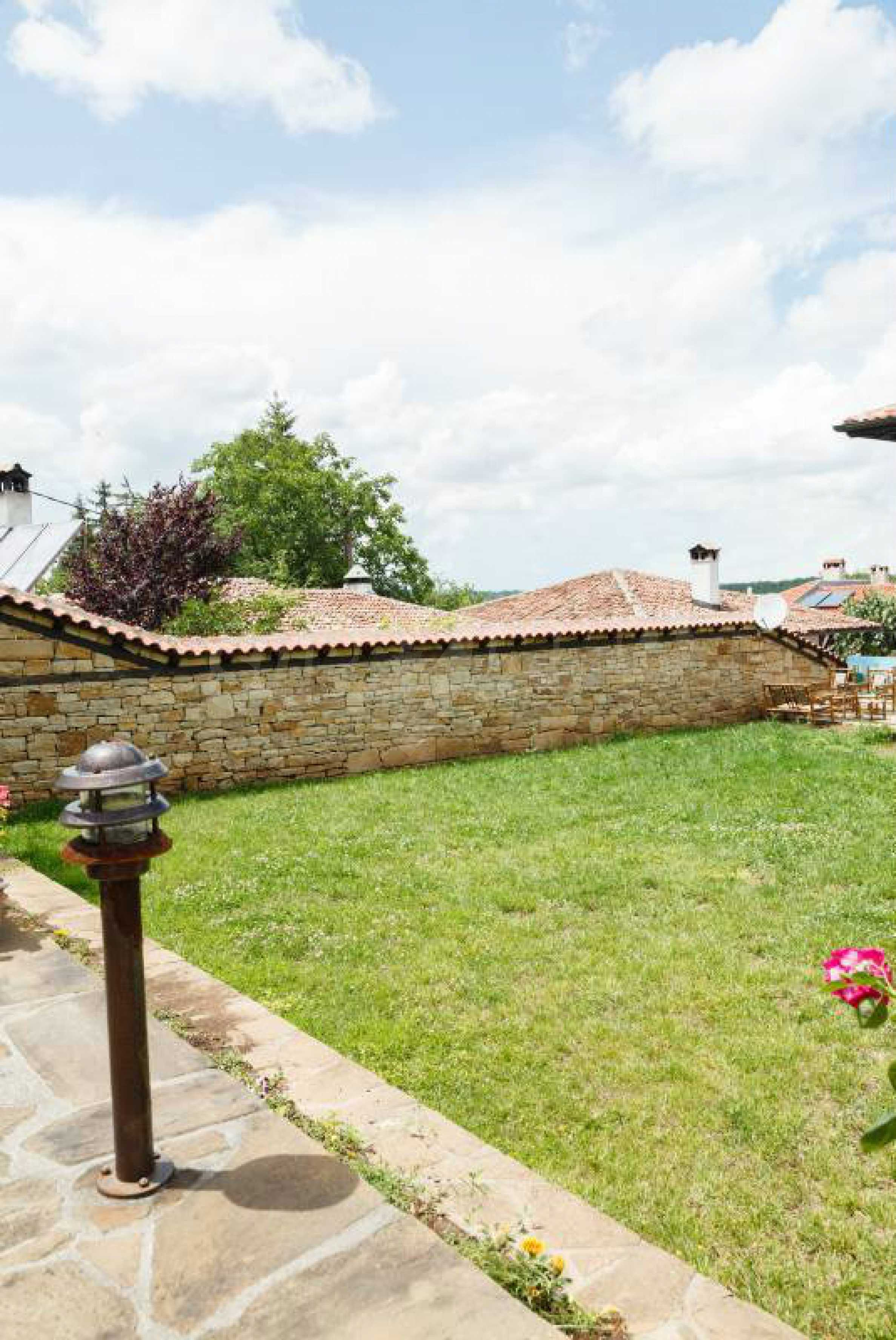Fully equipped hotel, a restaurant, a house and a yard in the center of popular Arbanassi village 8