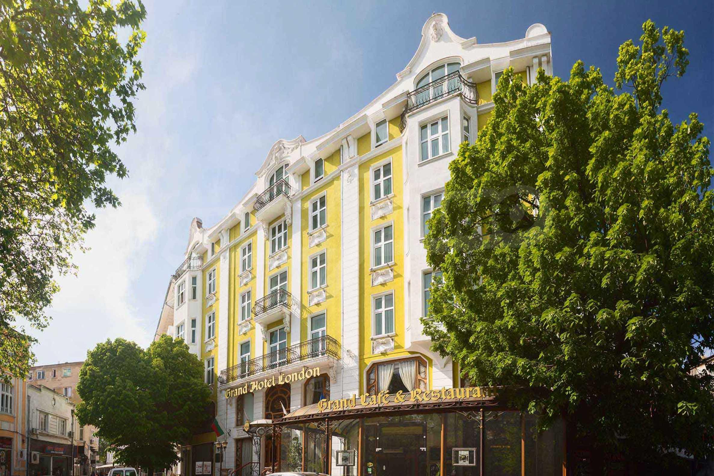 Luxurous 5* hotel