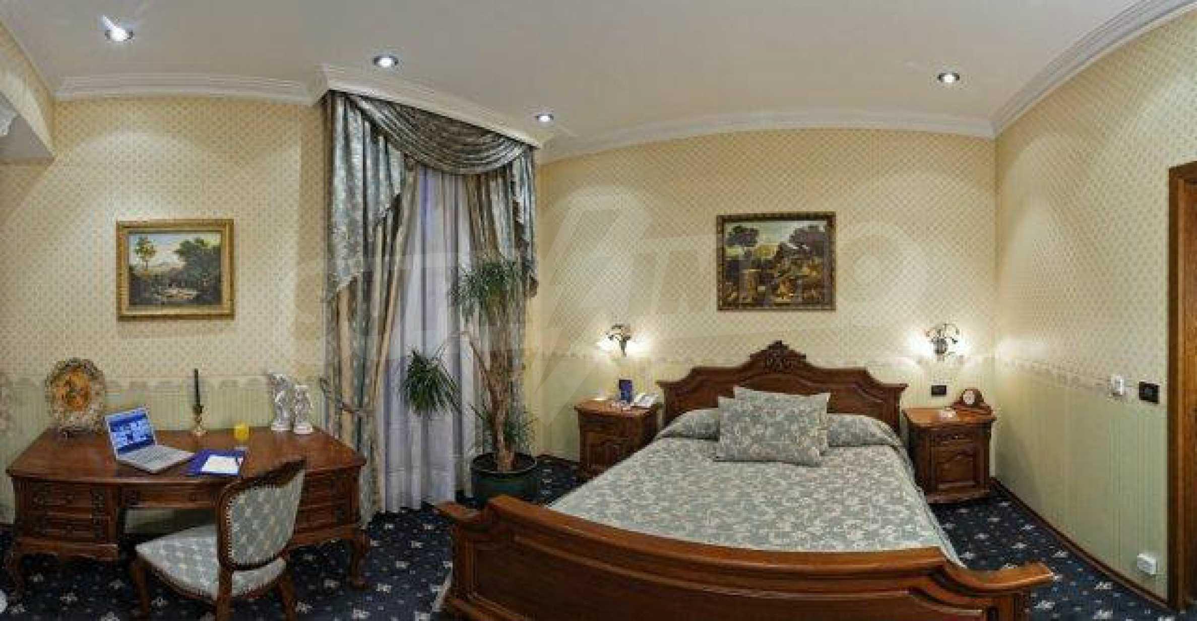 Luxurous 5* hotel  28