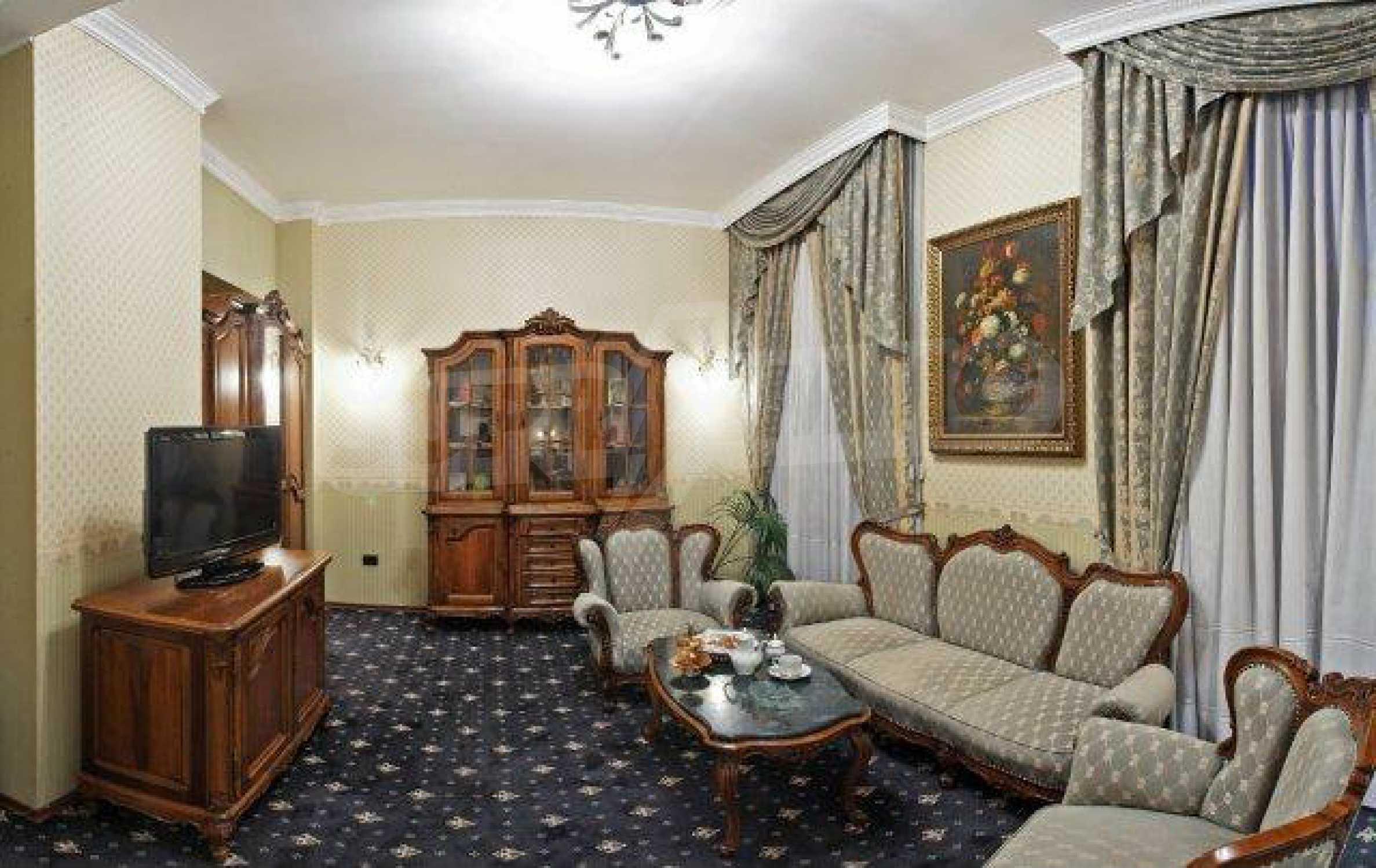 Luxurous 5* hotel  29