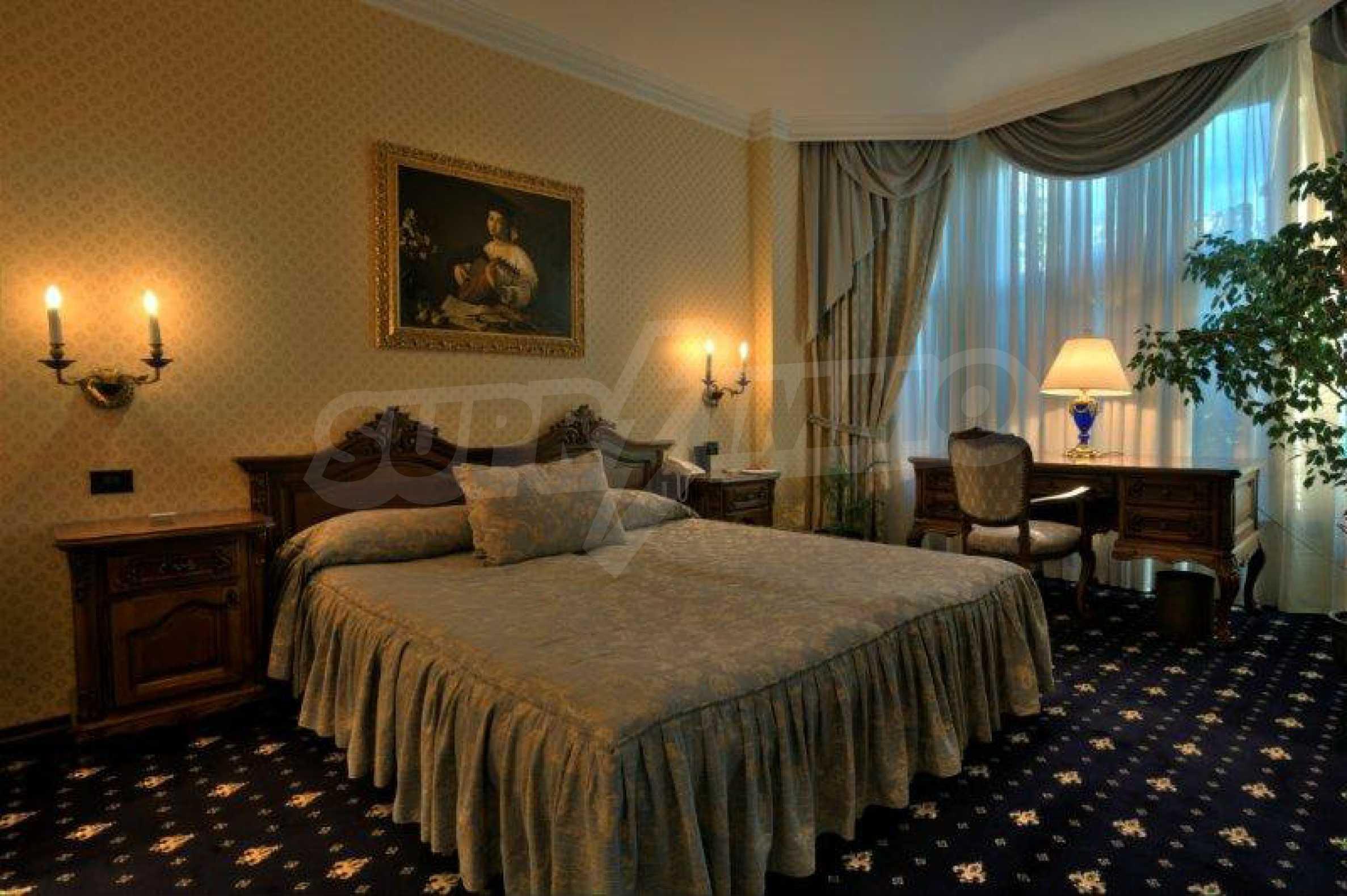 Luxurous 5* hotel  33