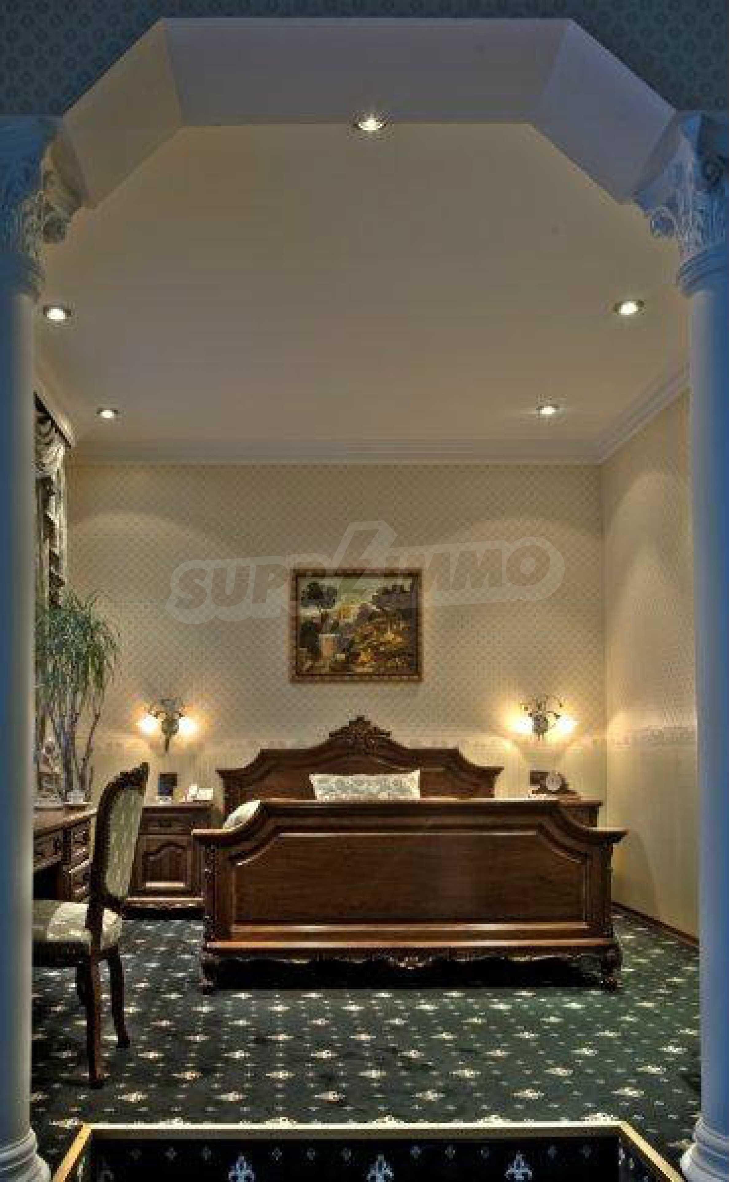 Luxurous 5* hotel  36
