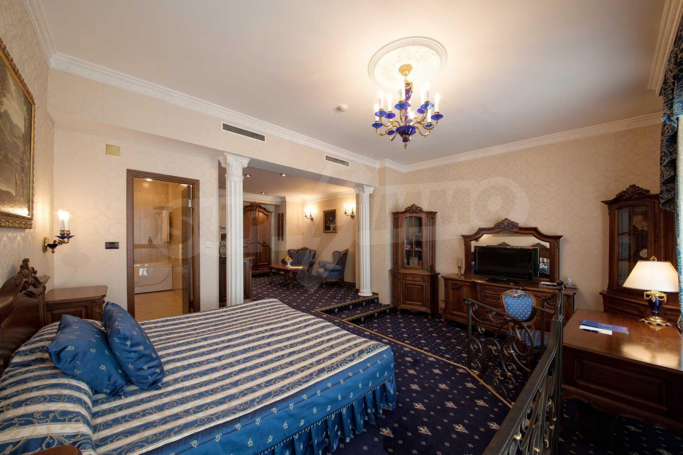 Luxurous 5* hotel  3