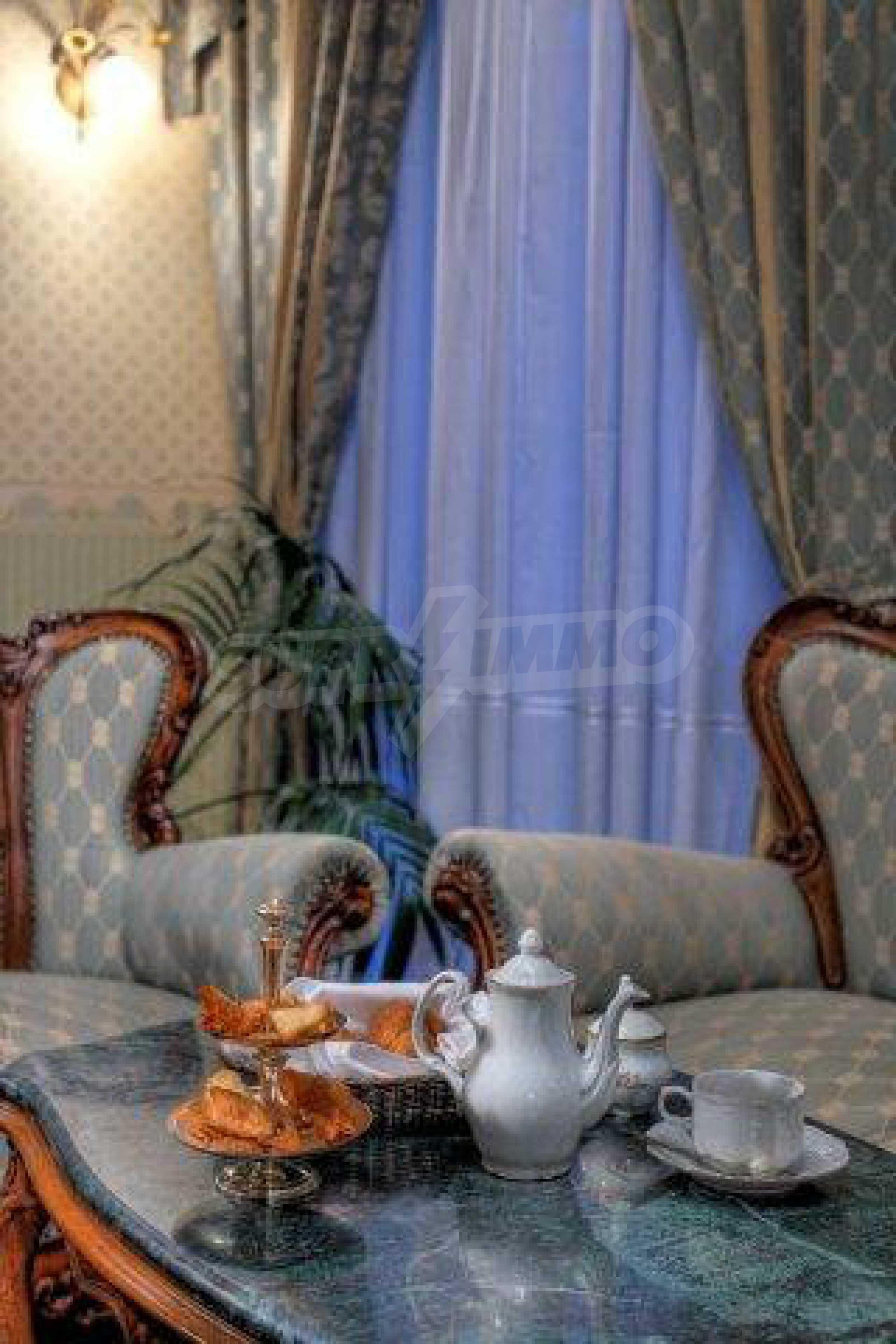 Luxurous 5* hotel  40