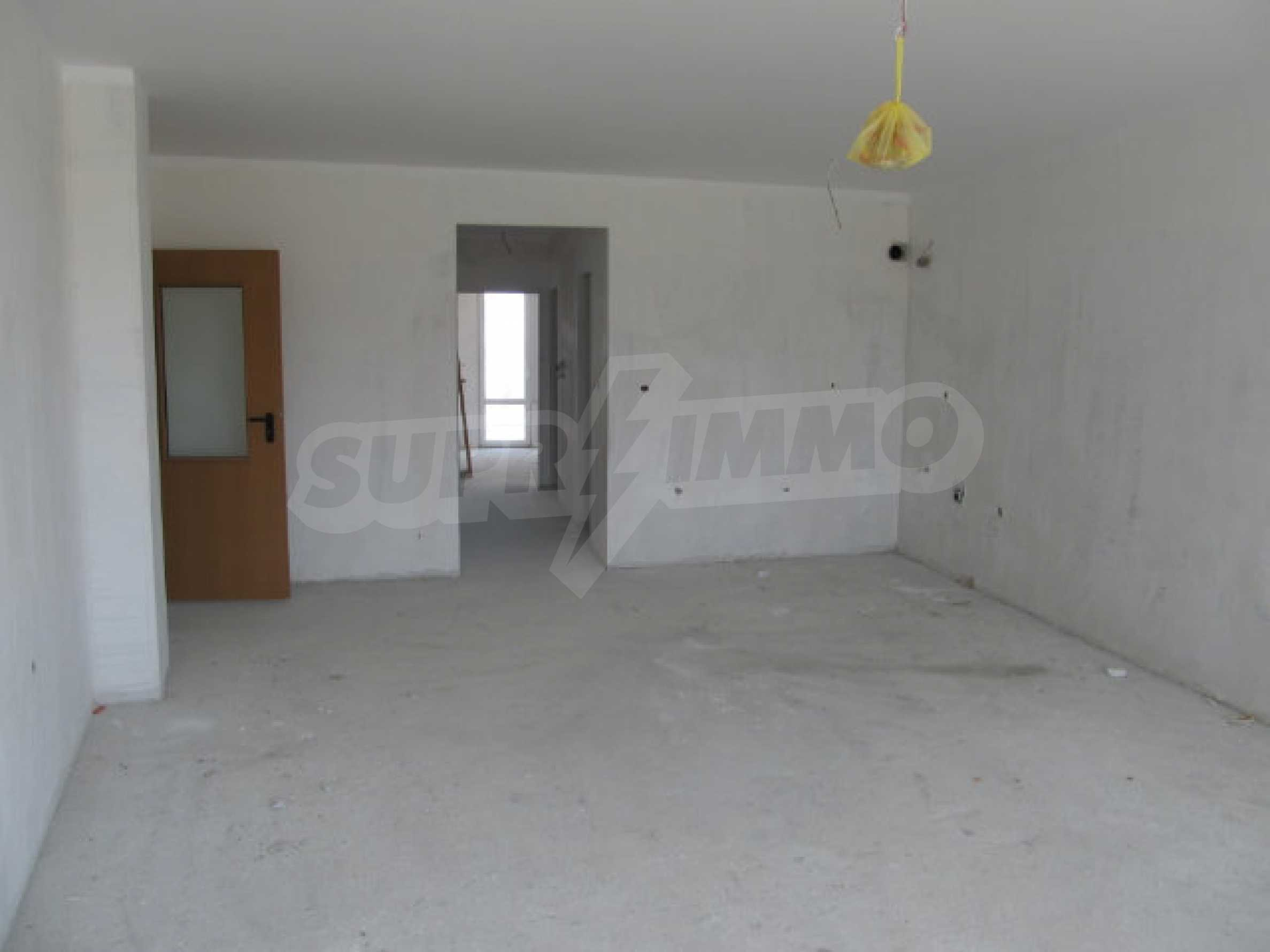 Apartments for sale in a new building in Pomorie 9