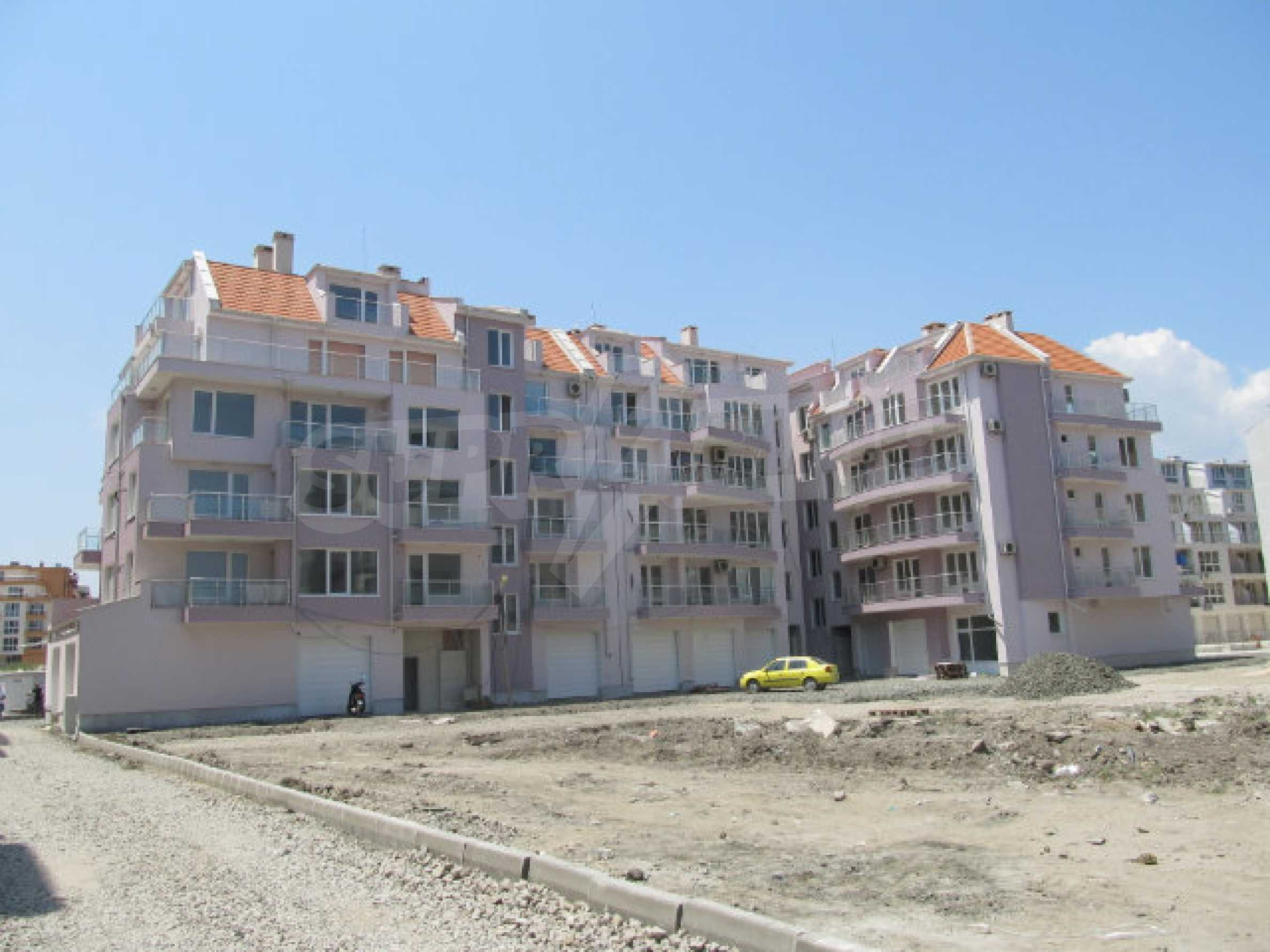 Apartments for sale in a new building in Pomorie 1