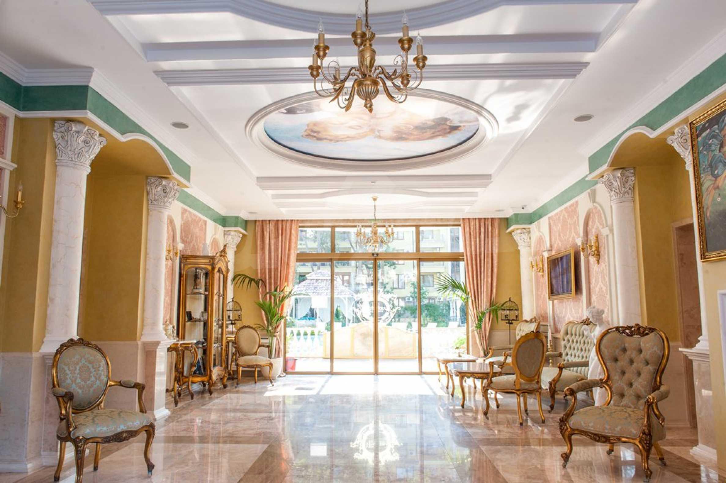 Dawn Park Königlicher Venera Palast 27