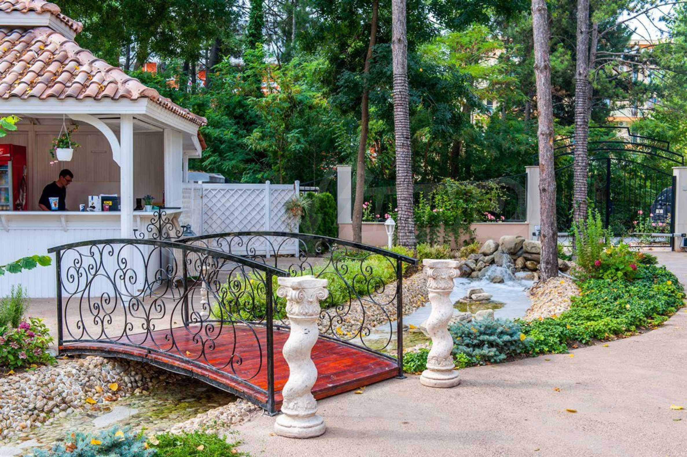 Dawn Park Königlicher Venera Palast 8