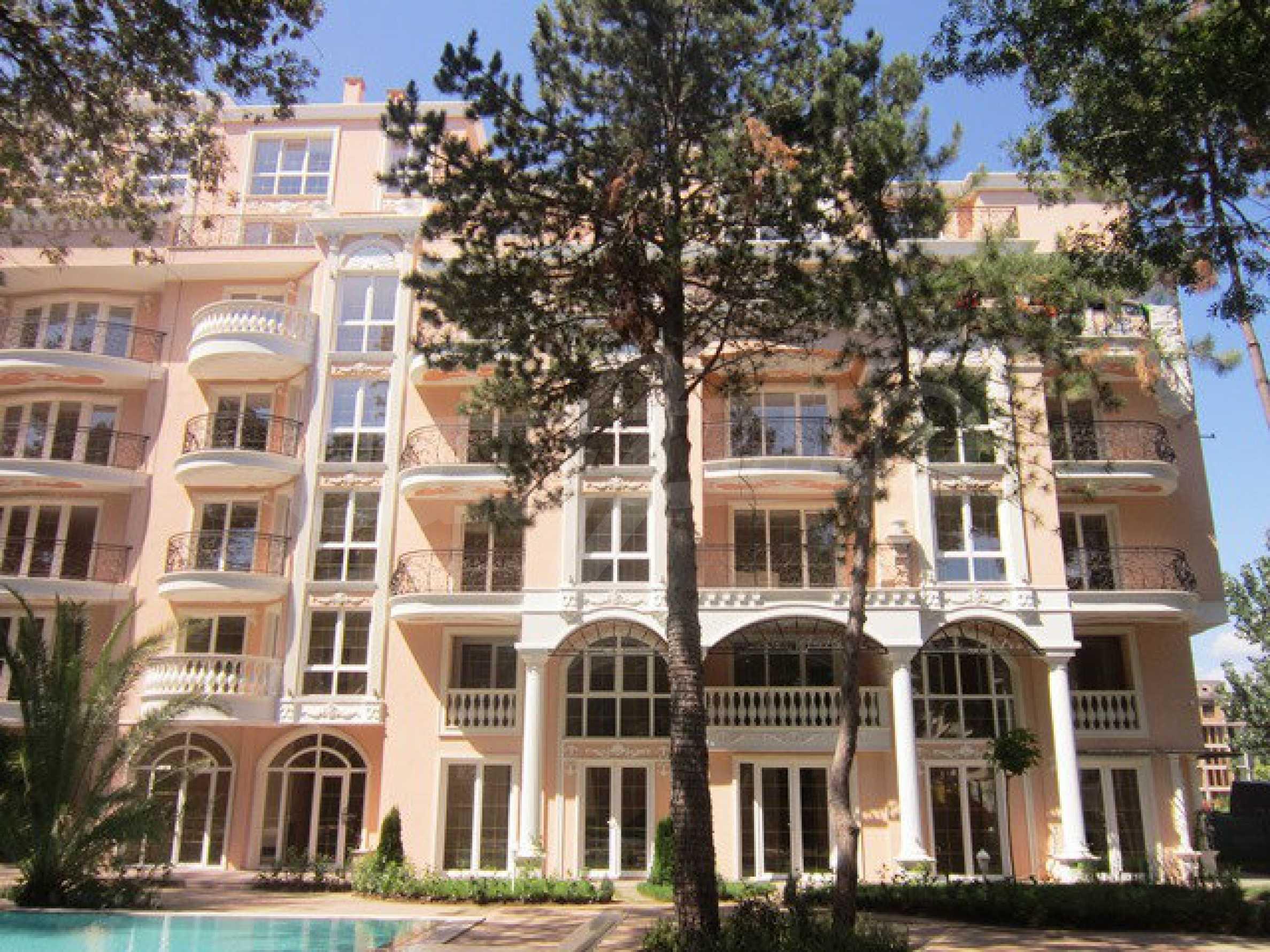 Dawn Park Königlicher Venera Palast 45