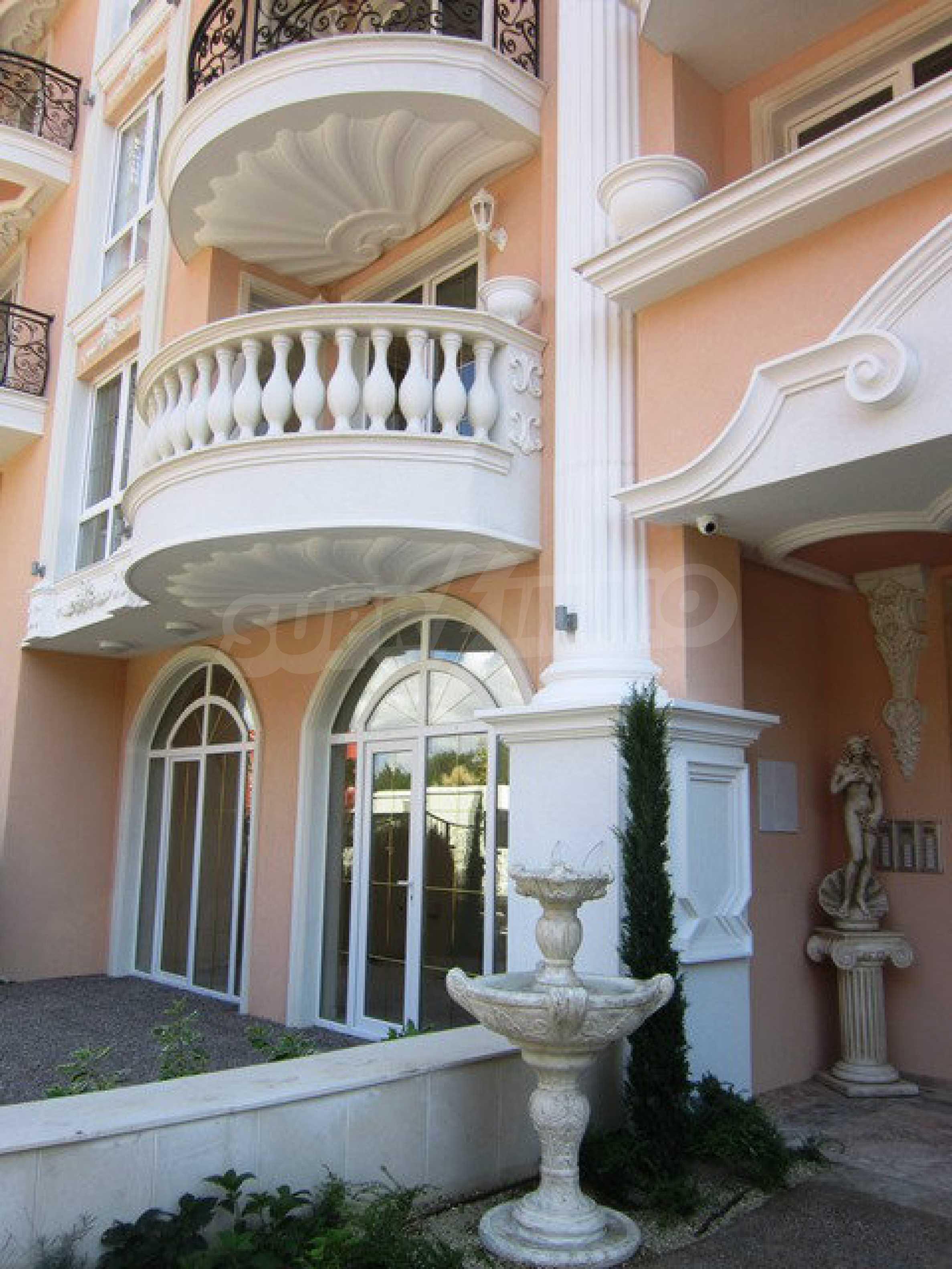 Dawn Park Königlicher Venera Palast 61