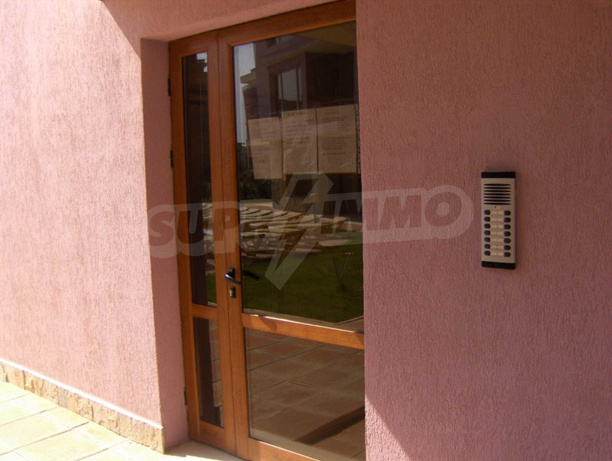 One-bedroom apartment in Magnolia Garden complex in Sunny Beach 3