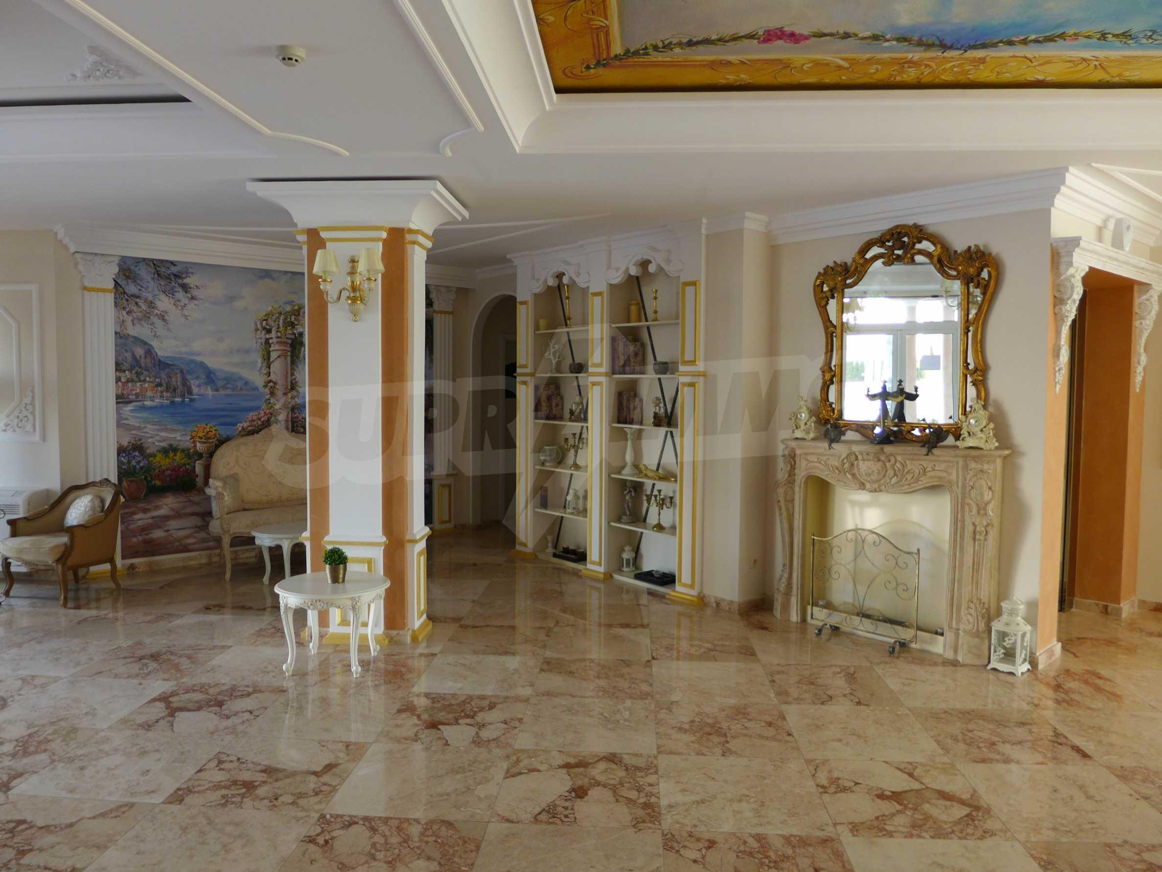 Dawn Park Izida Palace 14