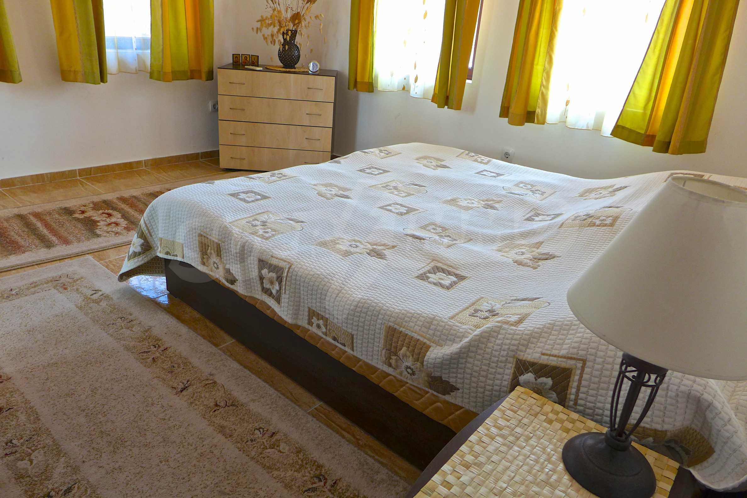 """Elegante Wohnung in einem Komplex am Strand in der Nähe von """"Marina Dinevi"""" 13"""