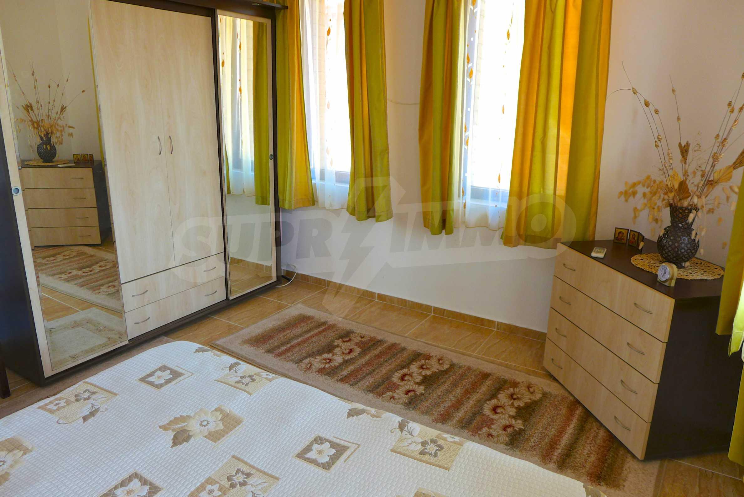 """Elegante Wohnung in einem Komplex am Strand in der Nähe von """"Marina Dinevi"""" 14"""
